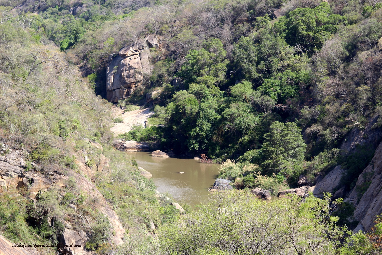 Crocodile gorge by oosie