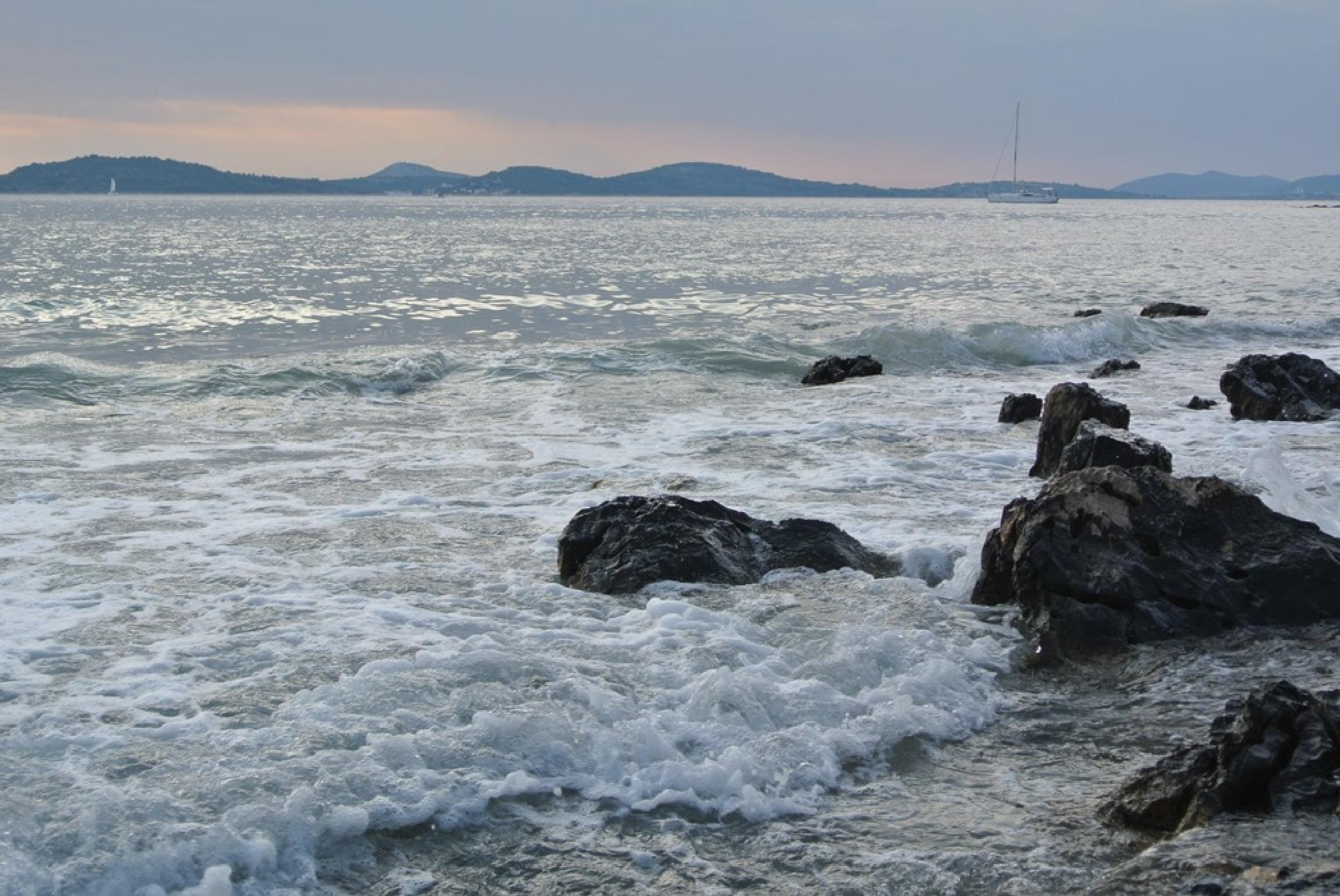 Sea view by DarijaS