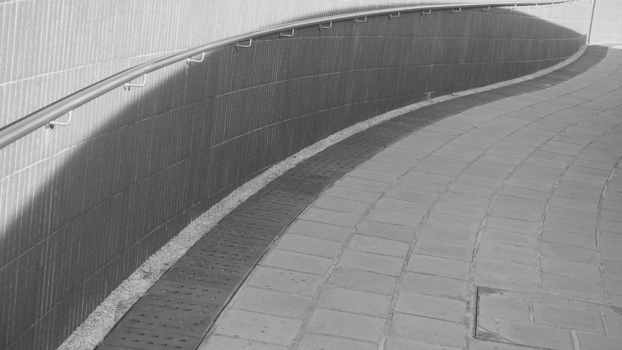 ...曲線... by cyccanhk