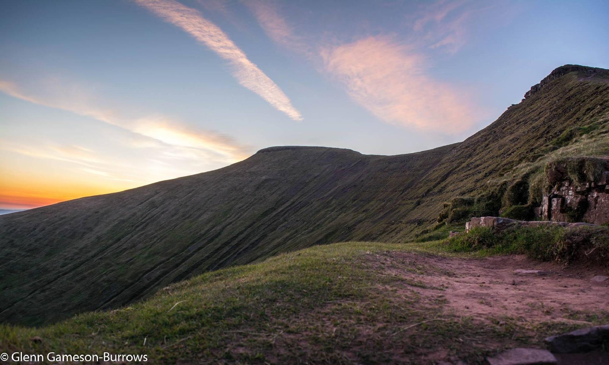 Walk to Pen Y Fan Mountain  by glenn.gamesonburrows