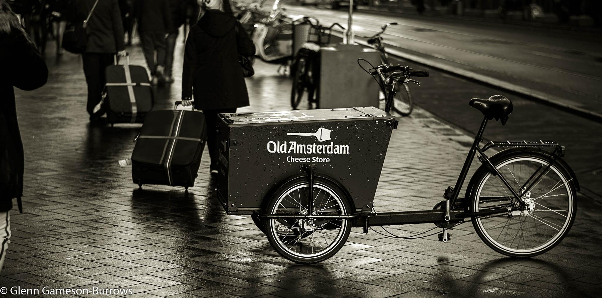 Amsterdam by glenn.gamesonburrows