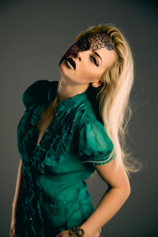 blondie by Kevin Robertson