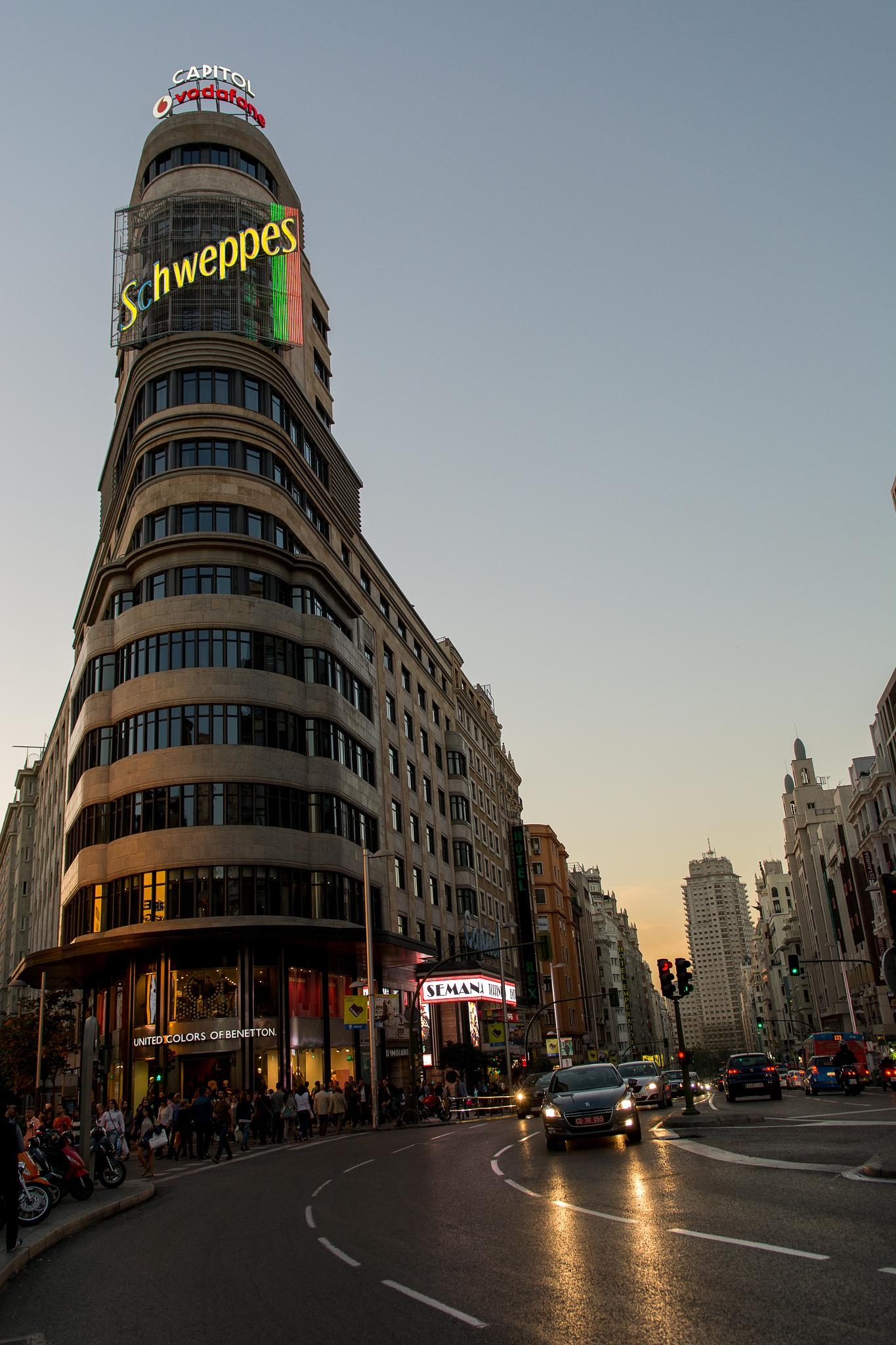 evening in Madrid by Hezi Shohat