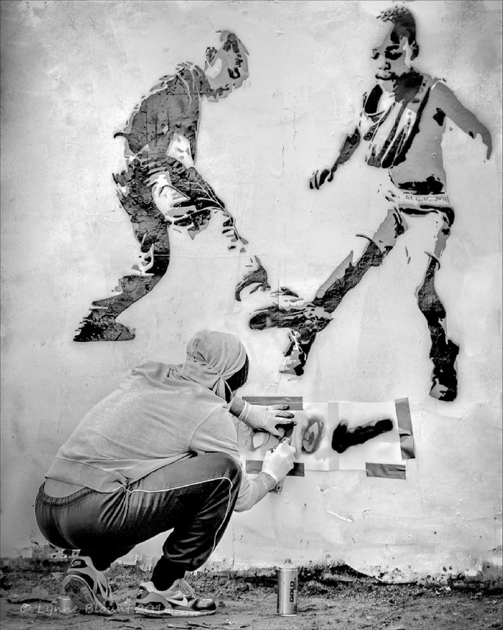 Grafitti Artist by LynneB