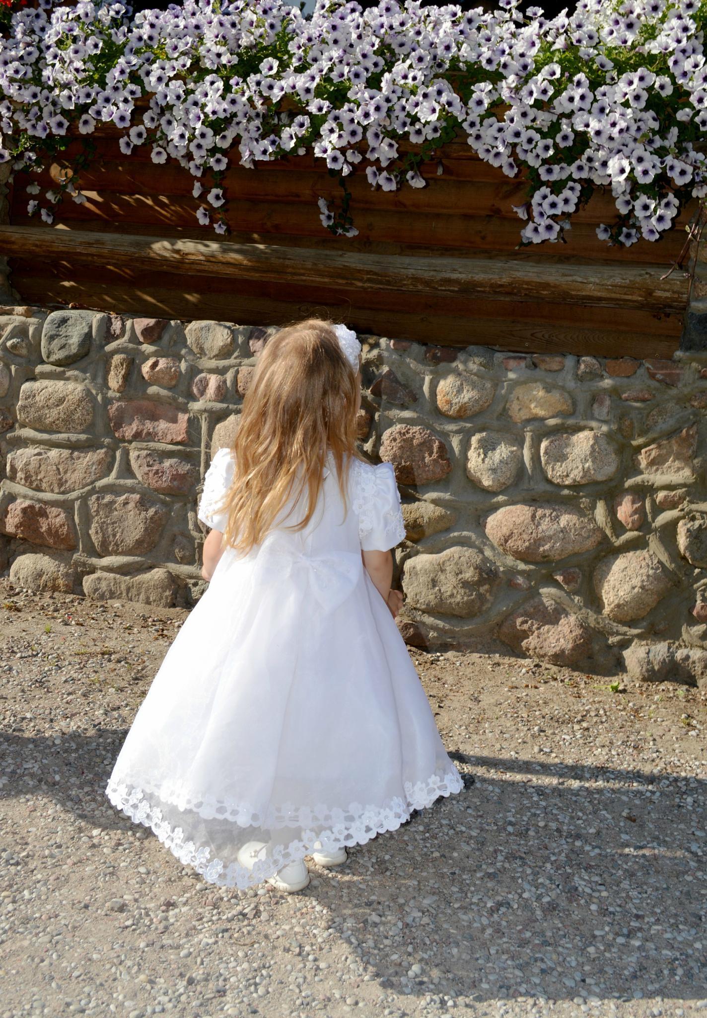 Elinga's christening  by Moni Mon ( M&M Fotografija )