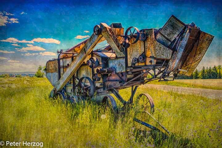 Vintage Grin Harvester by peter.herzog.3323