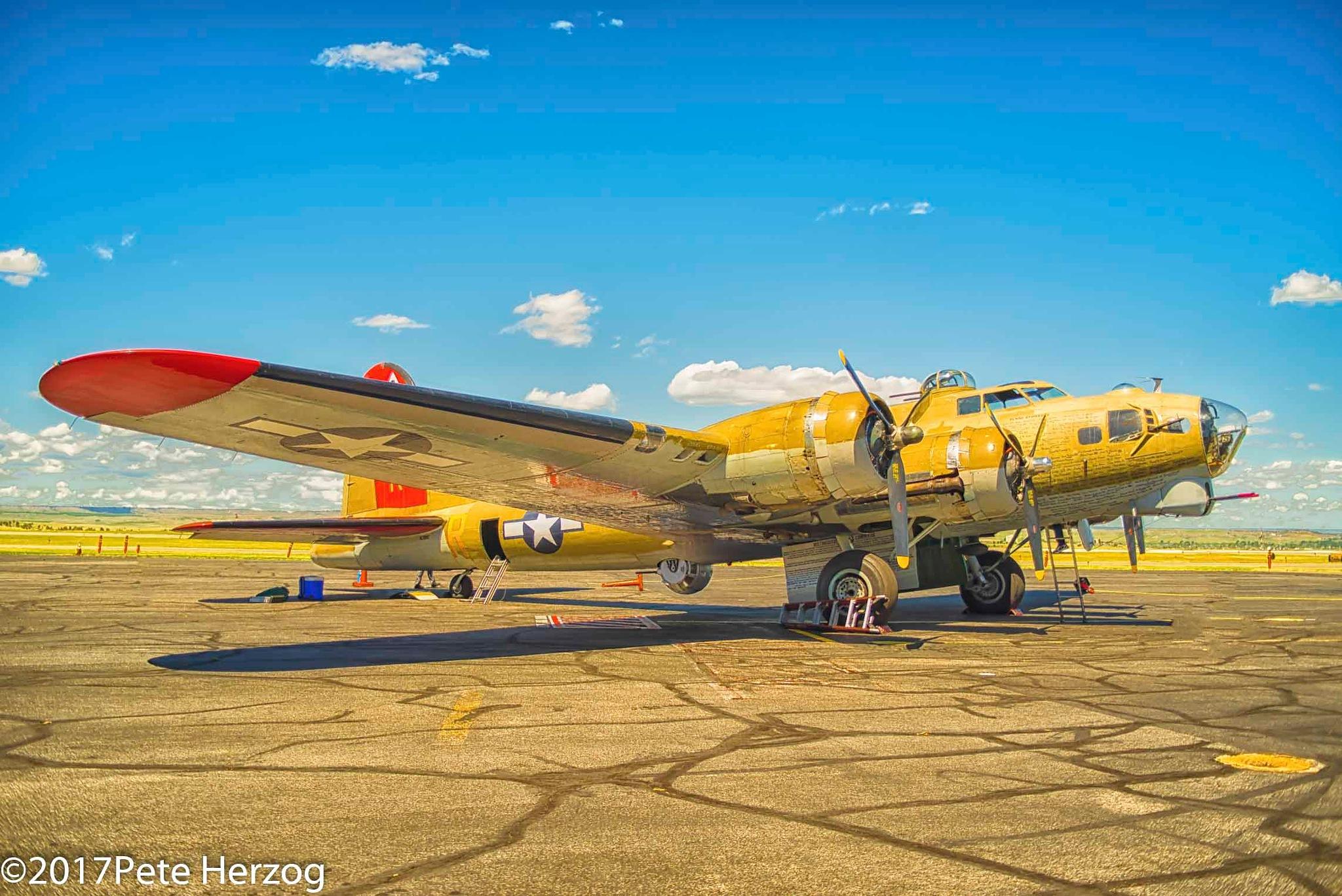 B-17 by peter.herzog.3323