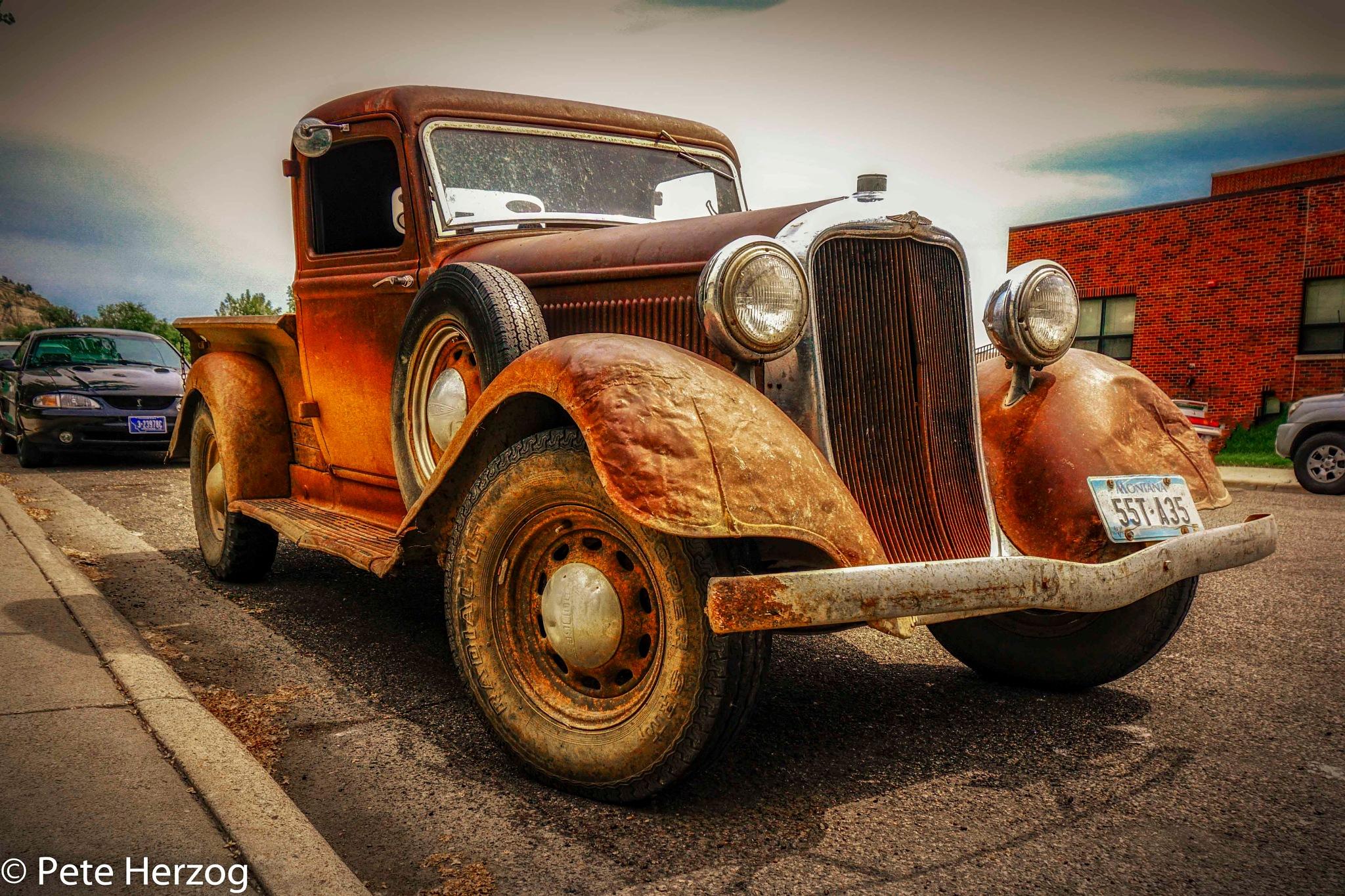 Vintage Truck by peter.herzog.3323