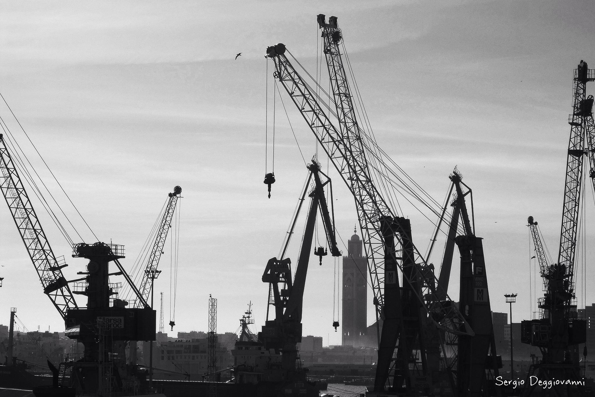 Dans le port de Casablanca by Sergio Deggiovanni