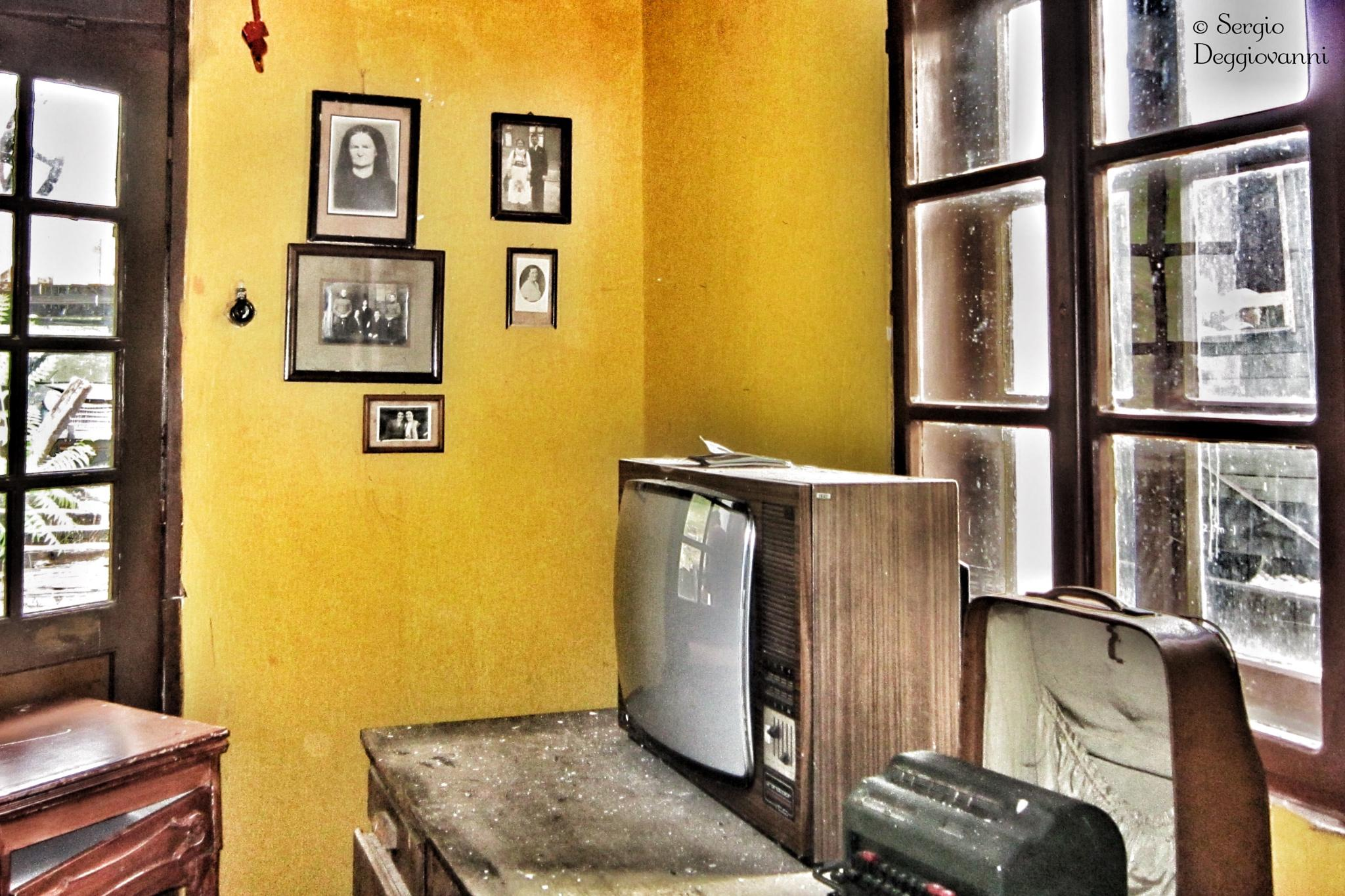 Abandoned movie set no. 1 by Sergio Deggiovanni