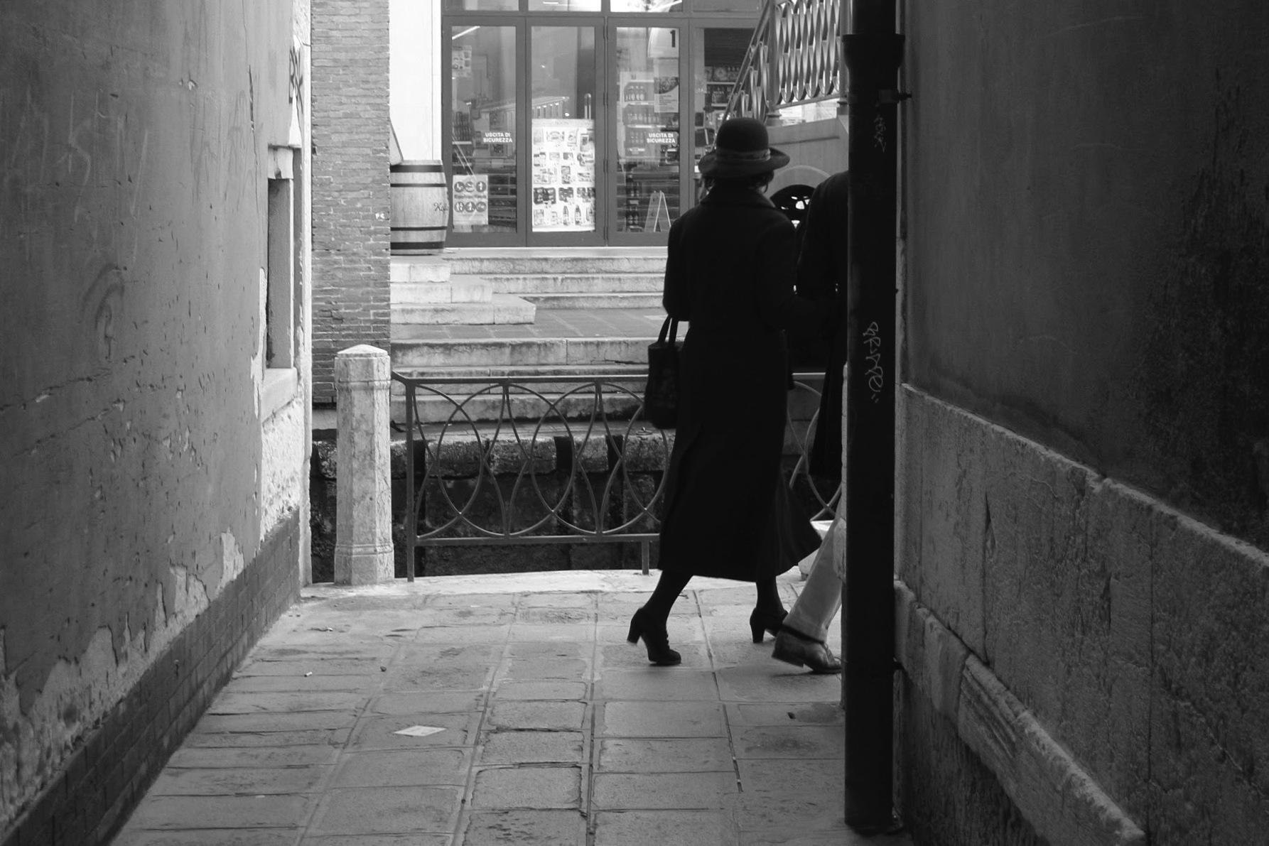 In a hurry by Sergio Deggiovanni