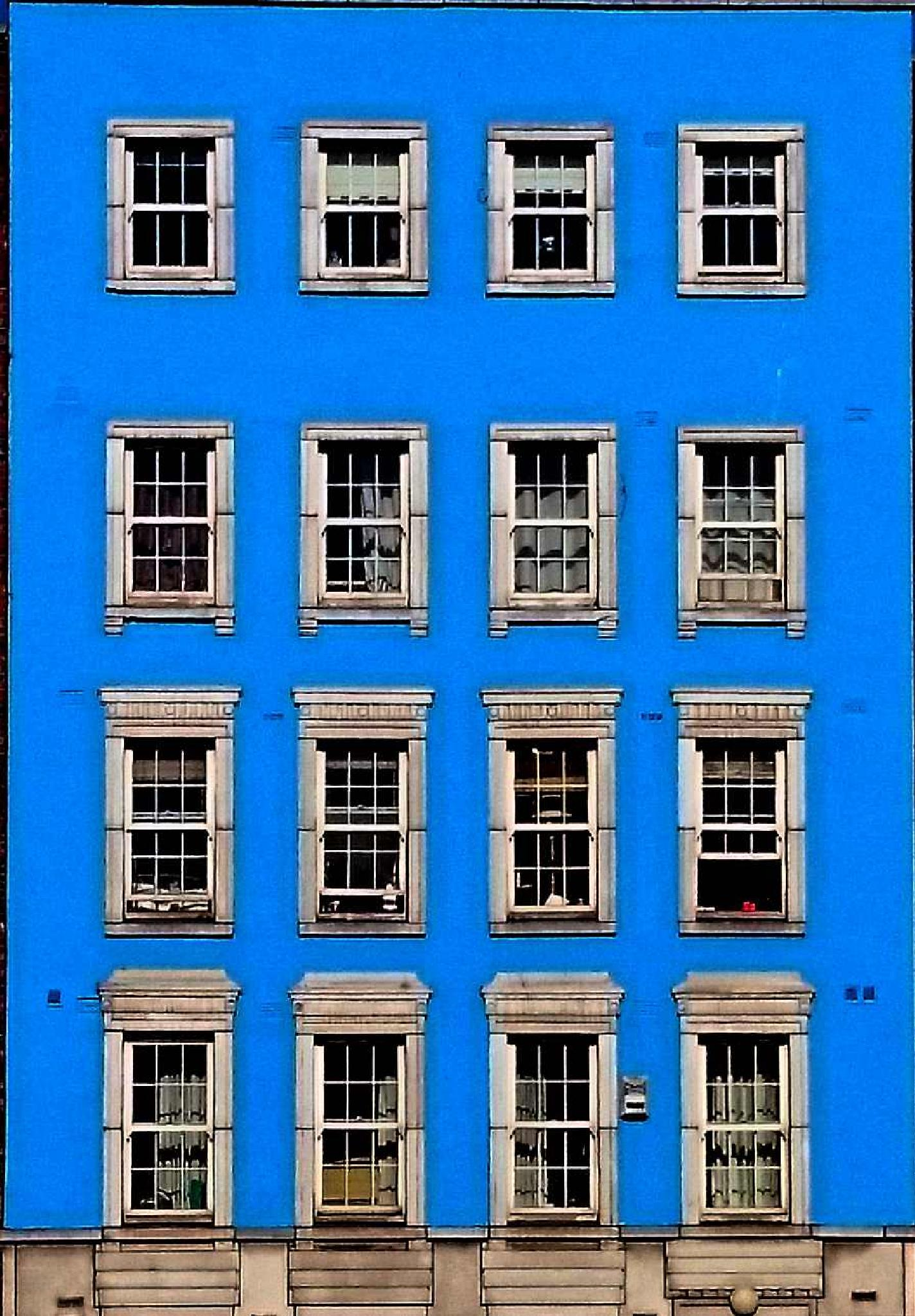 68 Windows by Steve Walsh ( Laird of Dunans )