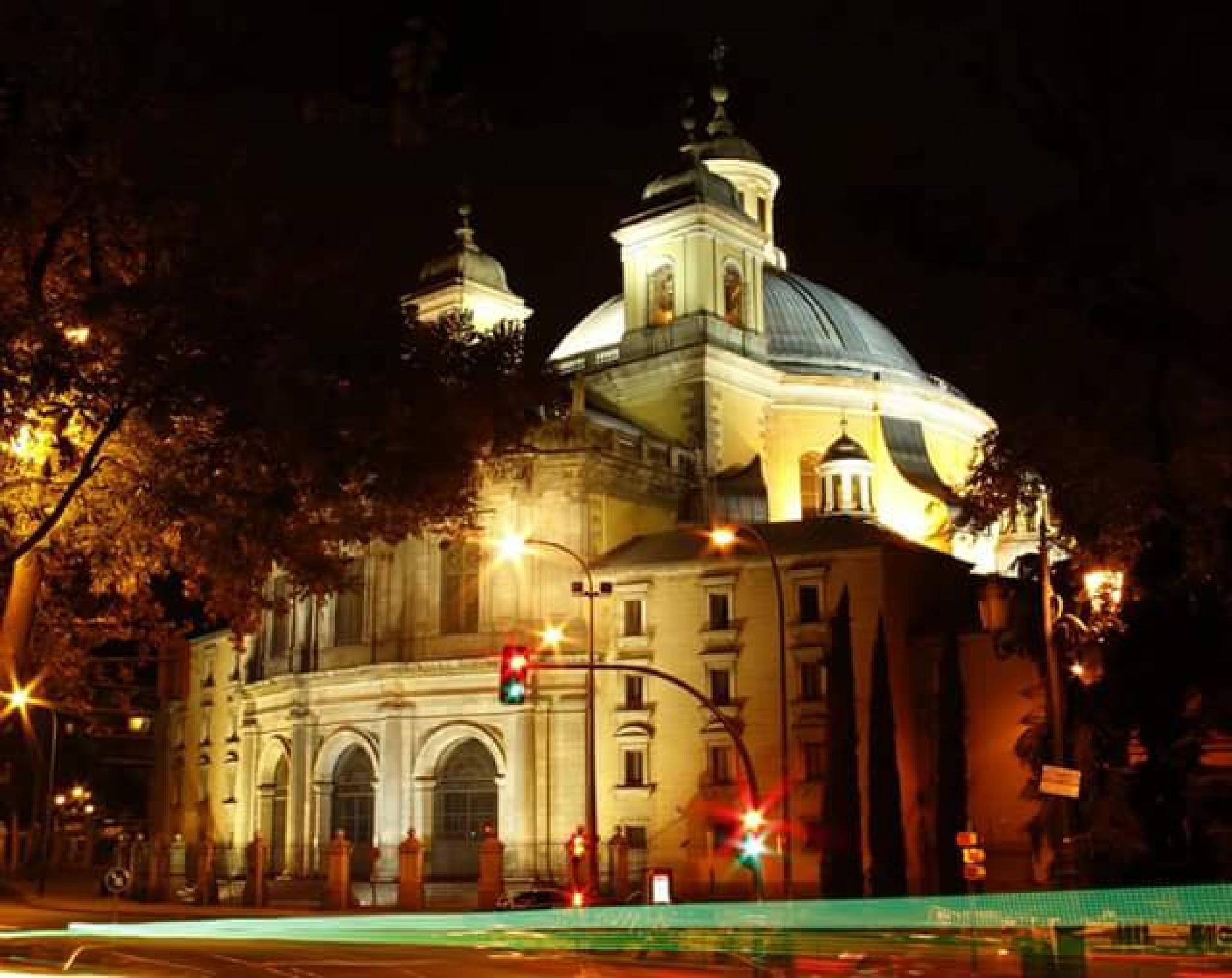 the San Francisco basilic, Madrid by lorenzo.lourencothierry