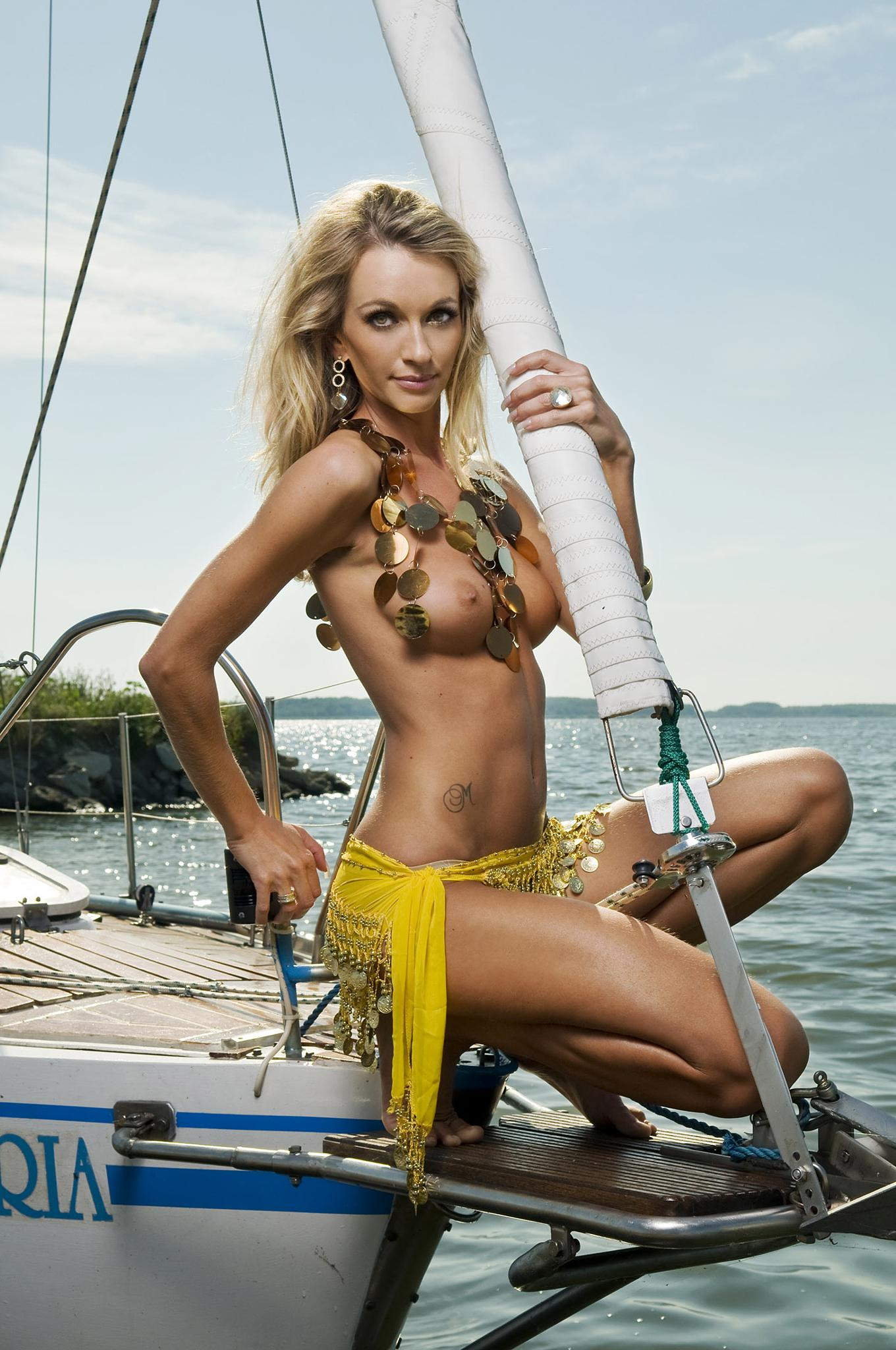 Yacht club by Marian Pentek - Digihelion