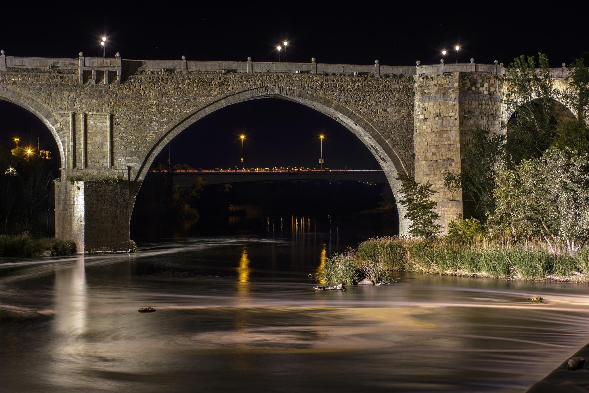 Puente de San Martin by Rodri