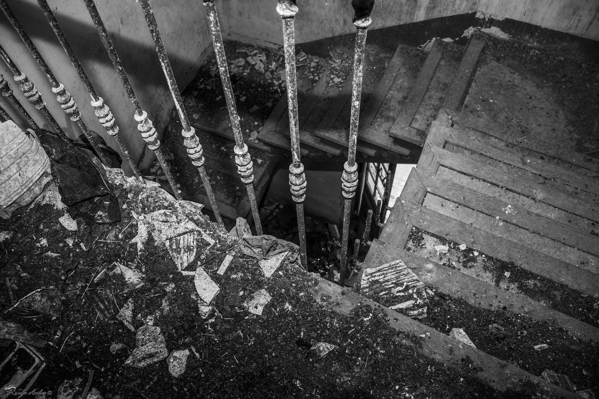 Escaleras by Rodri