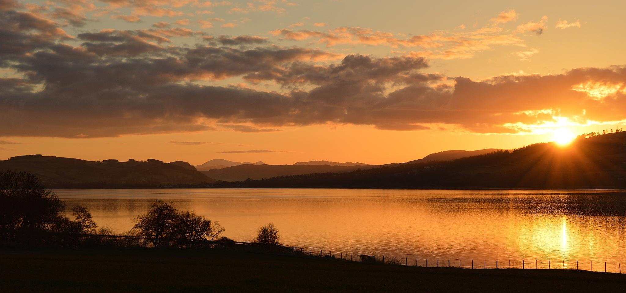 Sunset on the Cromarty Firth by garybr66