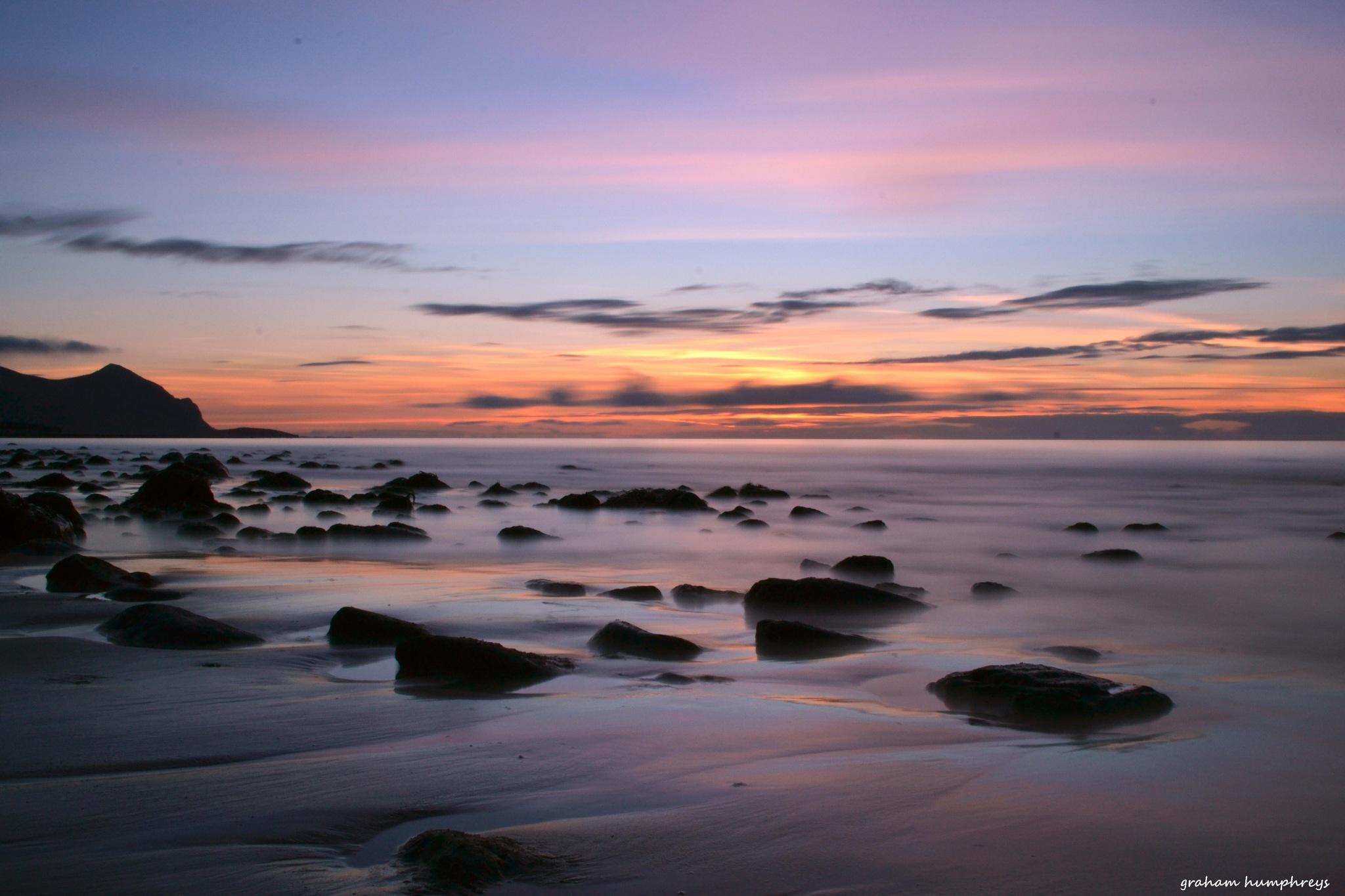 Aberdesach beach by graham humphreys