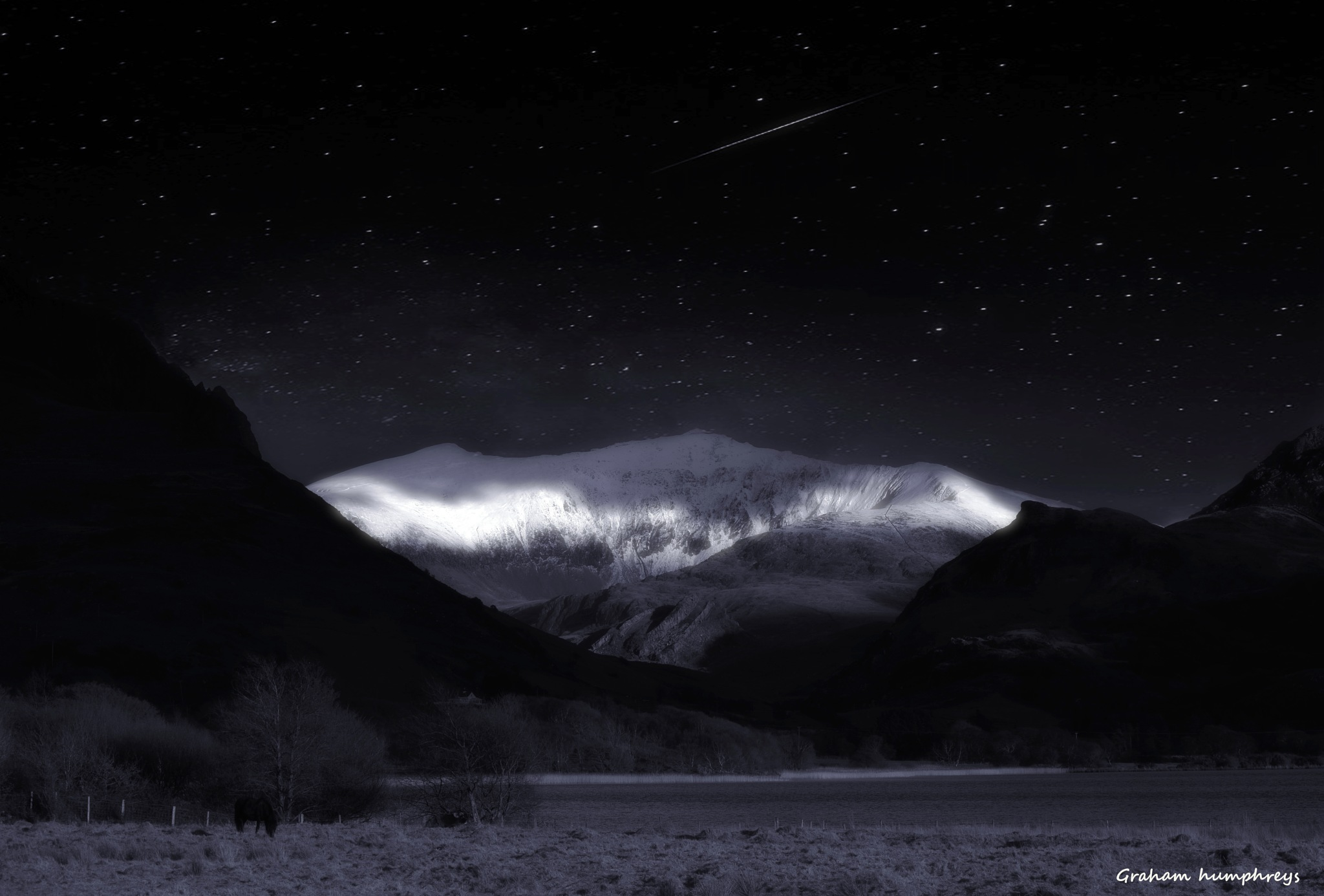 night sky over snowdon by graham humphreys