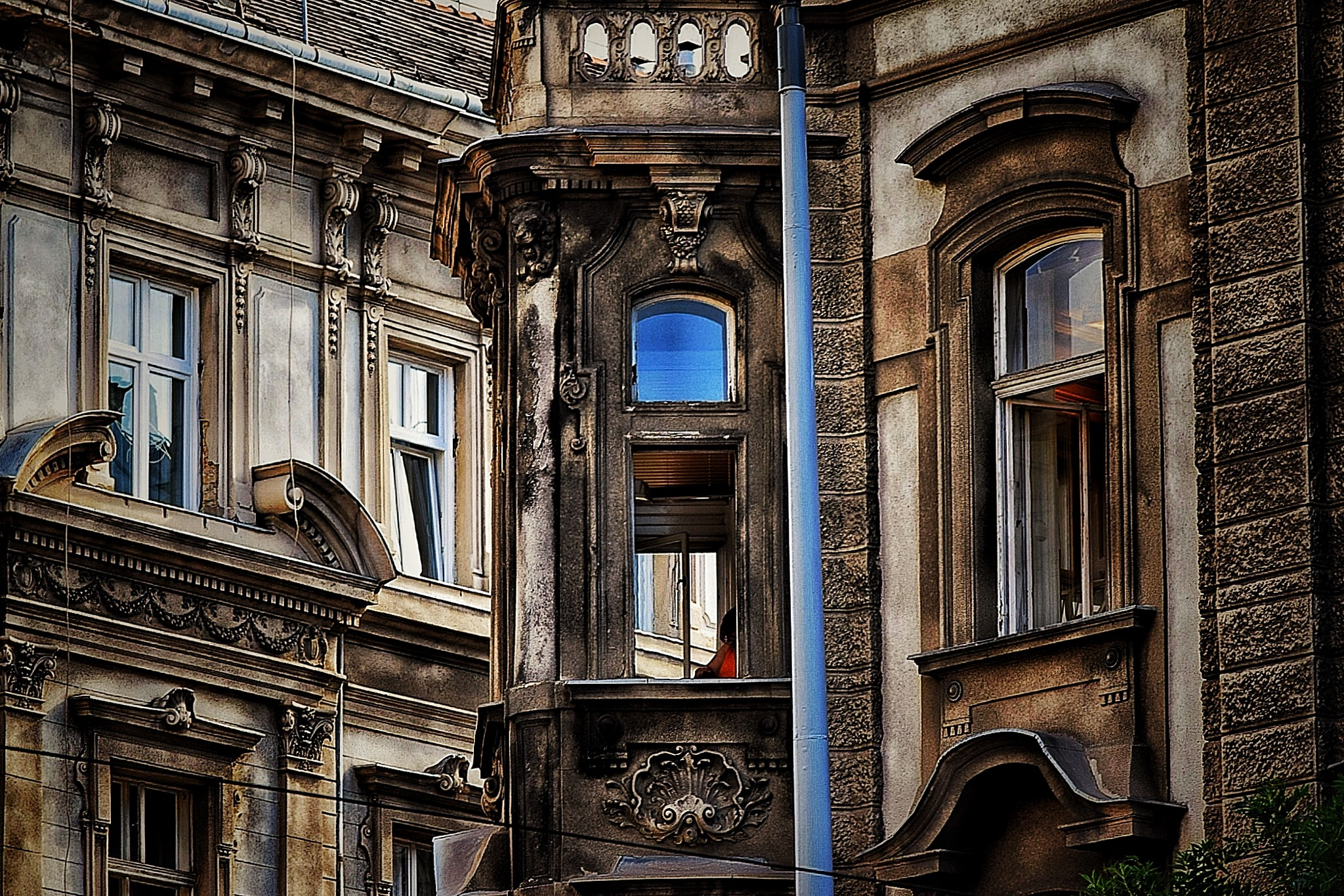 Windows of Budapest by Mitalier