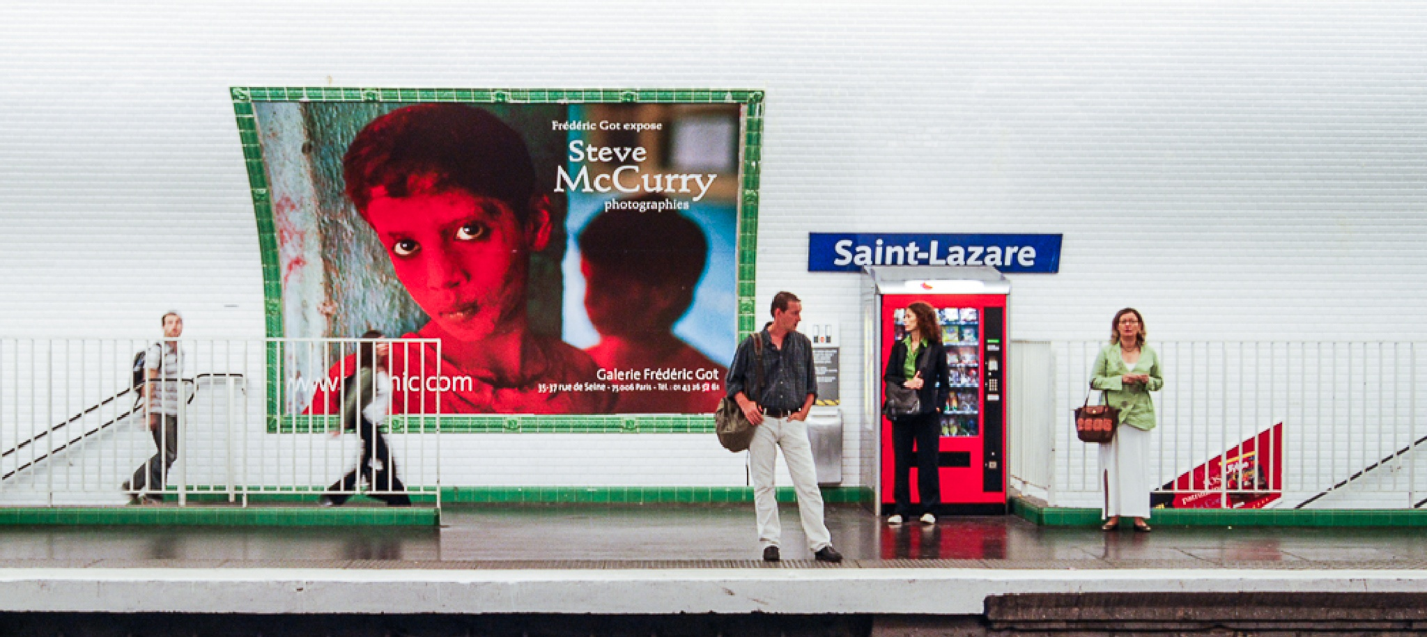Gare Saint-Lazare by http://opponenterna.photoshelter.com/archive