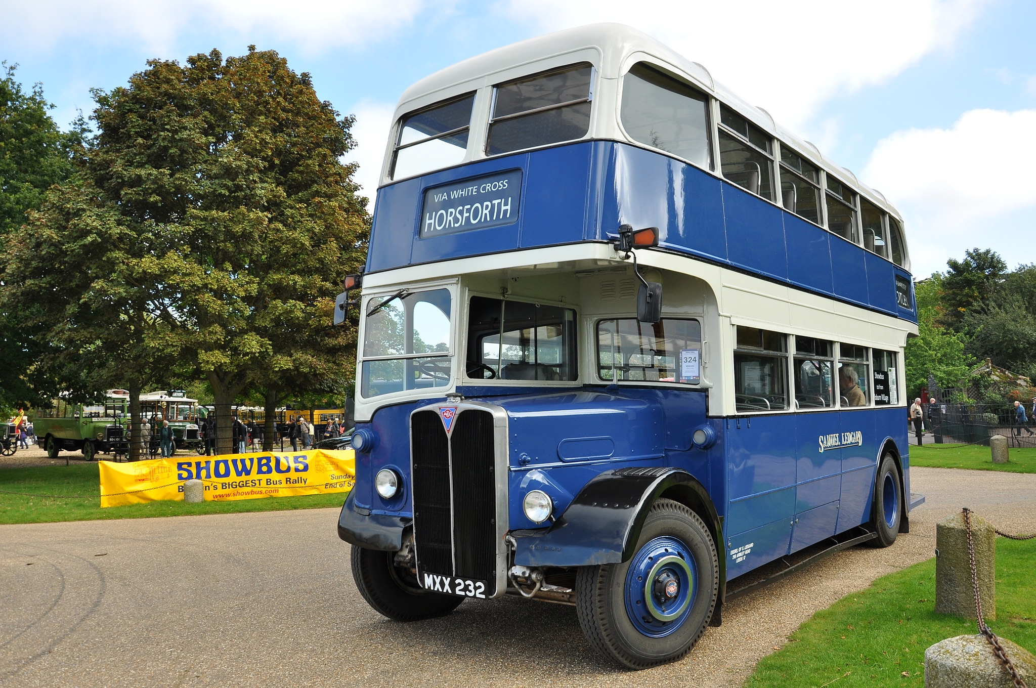 Regent RLH at 'Showbus 2015' Woburn Abbey, England by Andy Wright