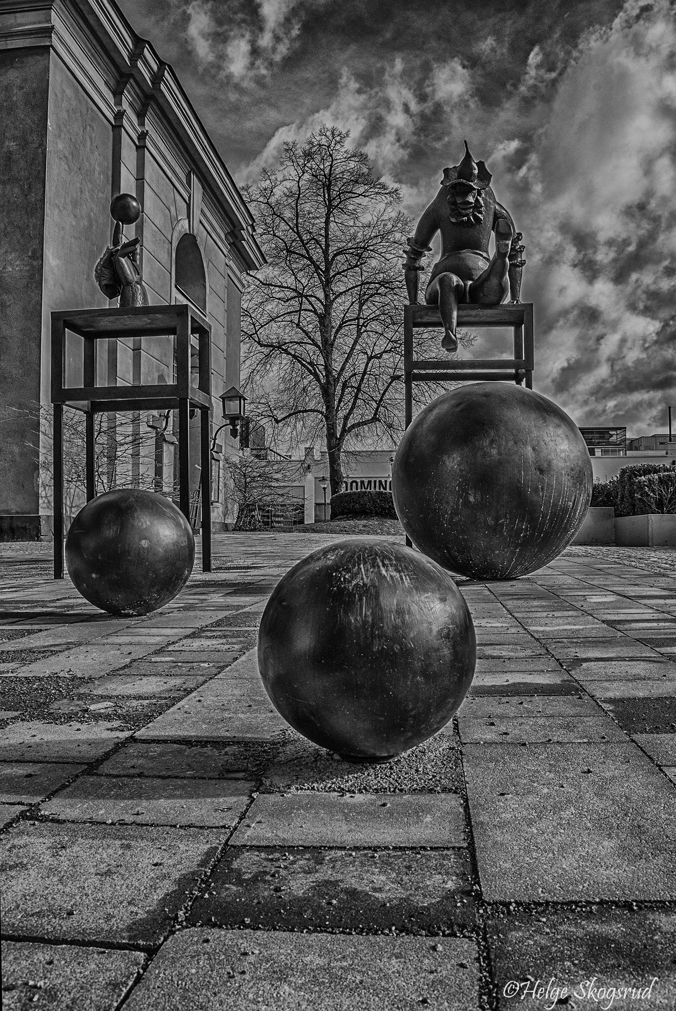 Photo in Street Photography #sweden #norrköping #bw #sculpture