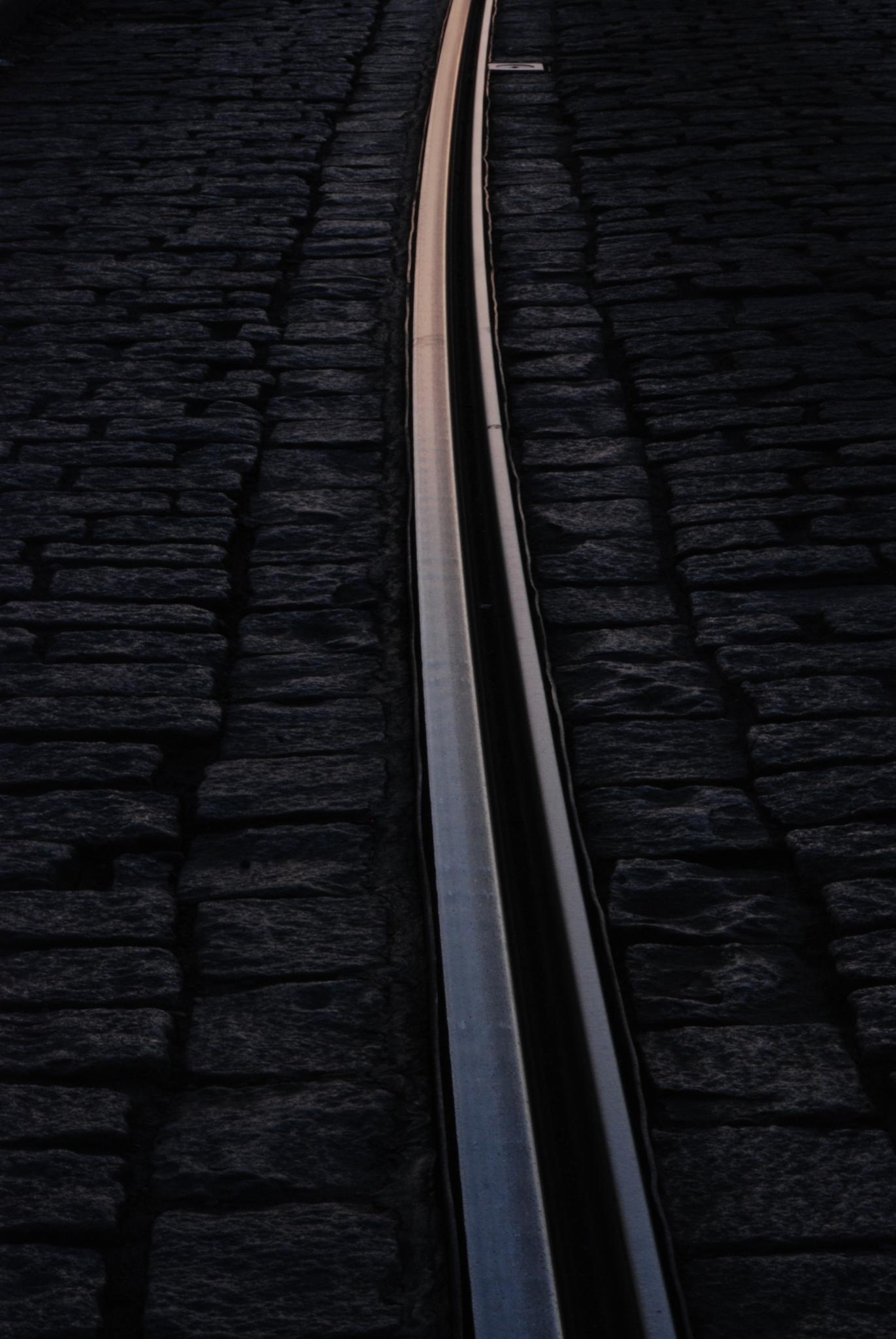 Tram tracks by Helge Skogsrud