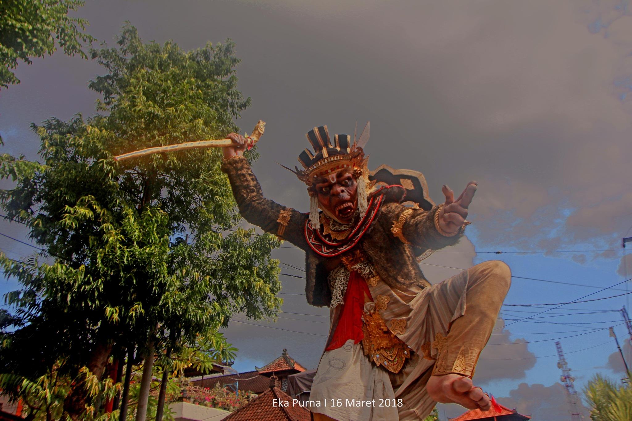 Ratu Sumedang by Eka Purna Sumeika
