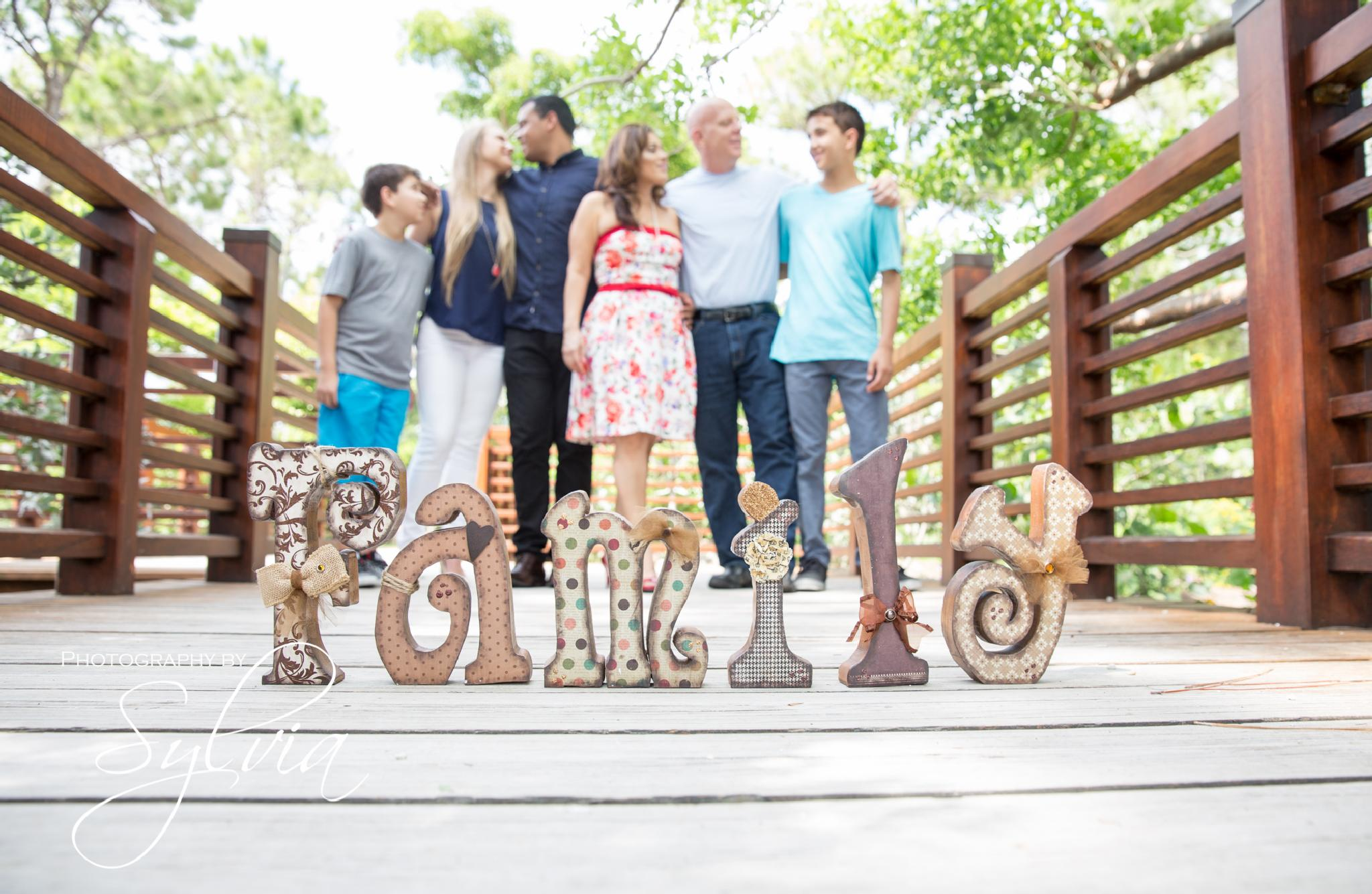 Family Session by Sylvia Arbelaez