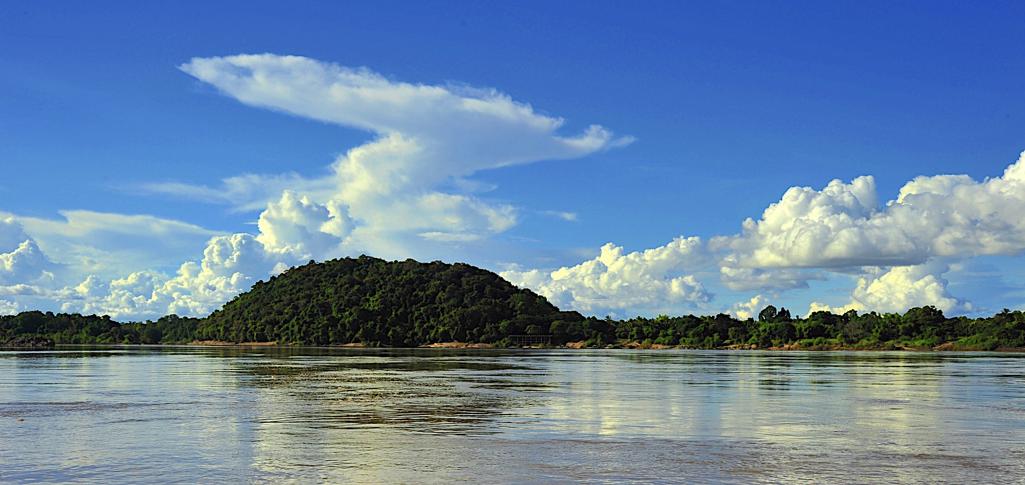clouds over the Mekong by macplox