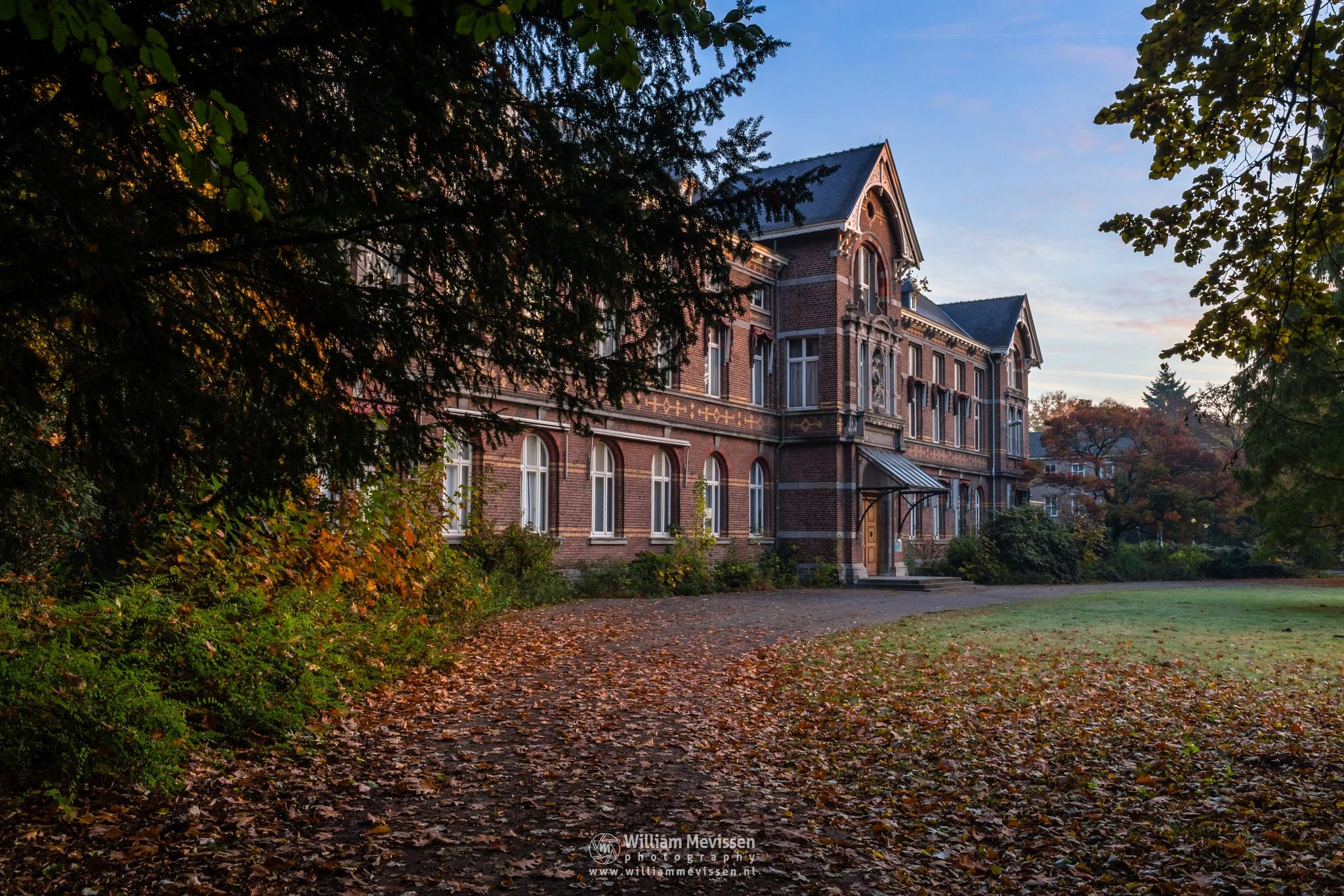 Photo in Architecture #trees #annaterrein #noord-limburg #limburg #historical #hospital #heritage #decay #light #autumn #venray #annapark