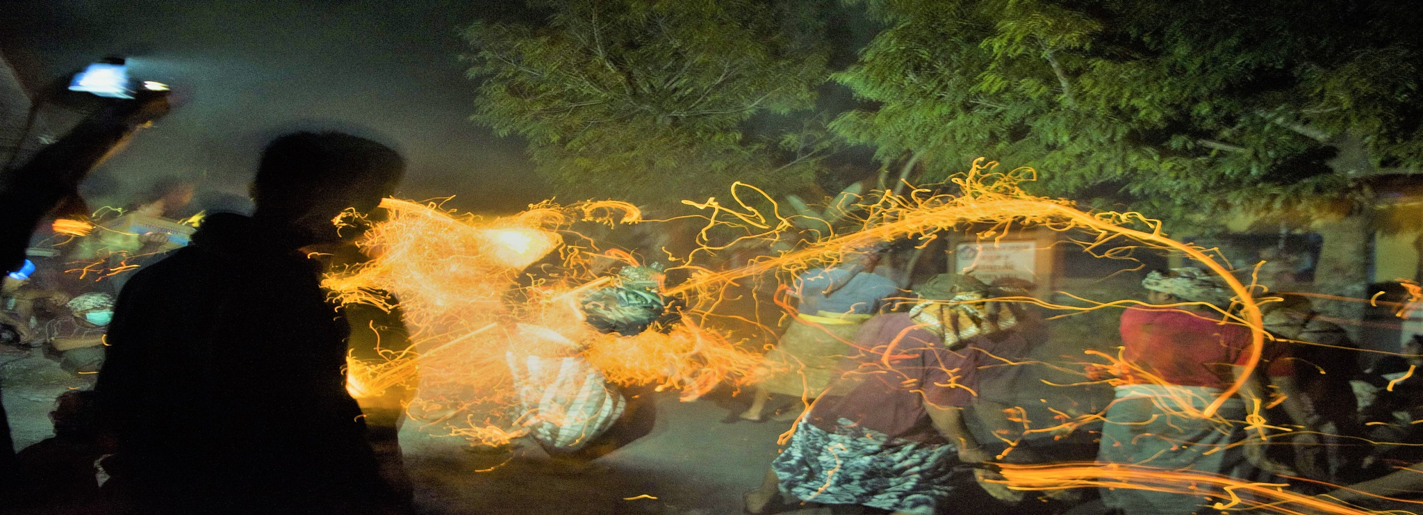 Bermain api by arthamade