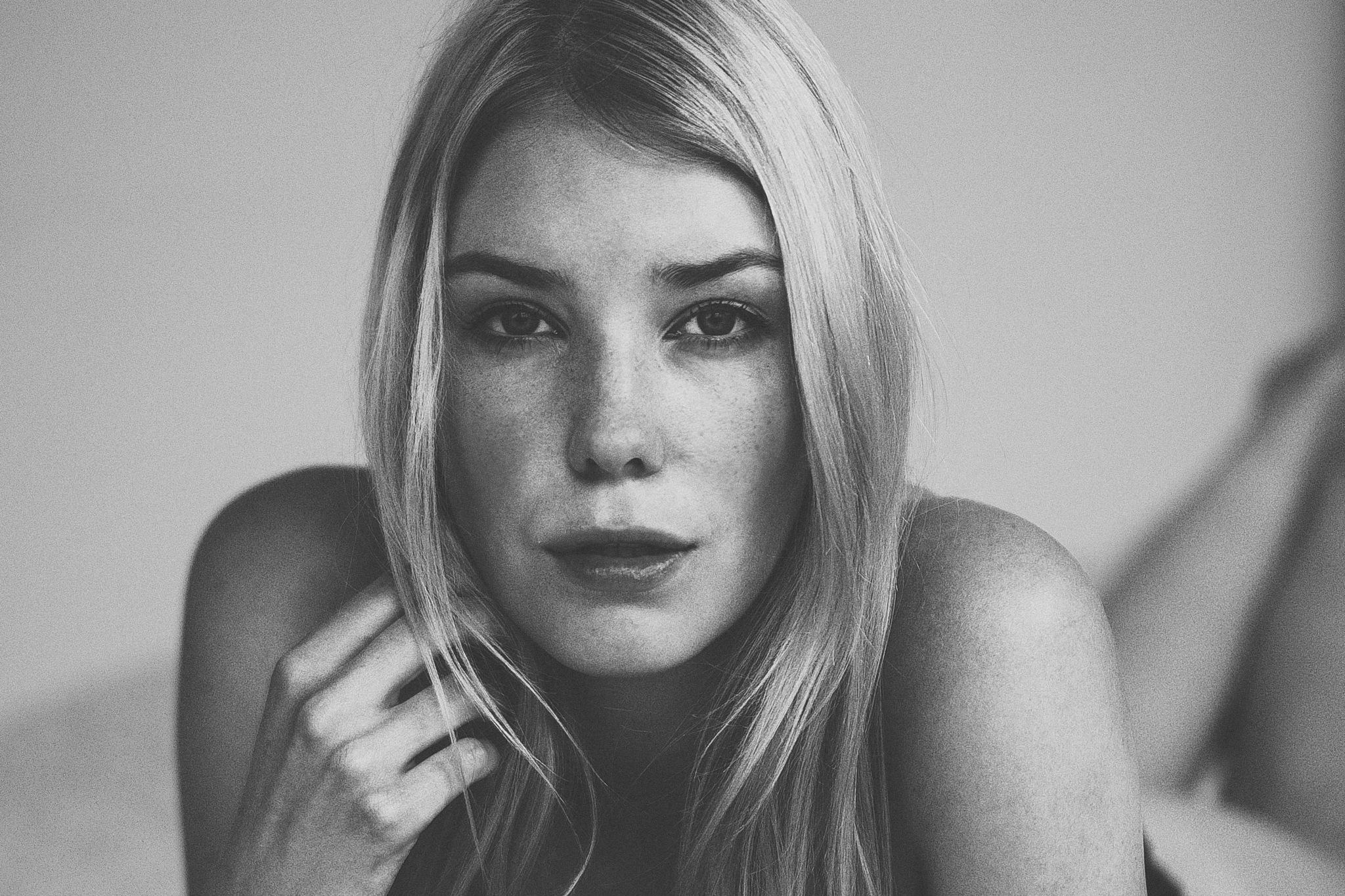 i look @ you  by Ralph Derksen Fotografie