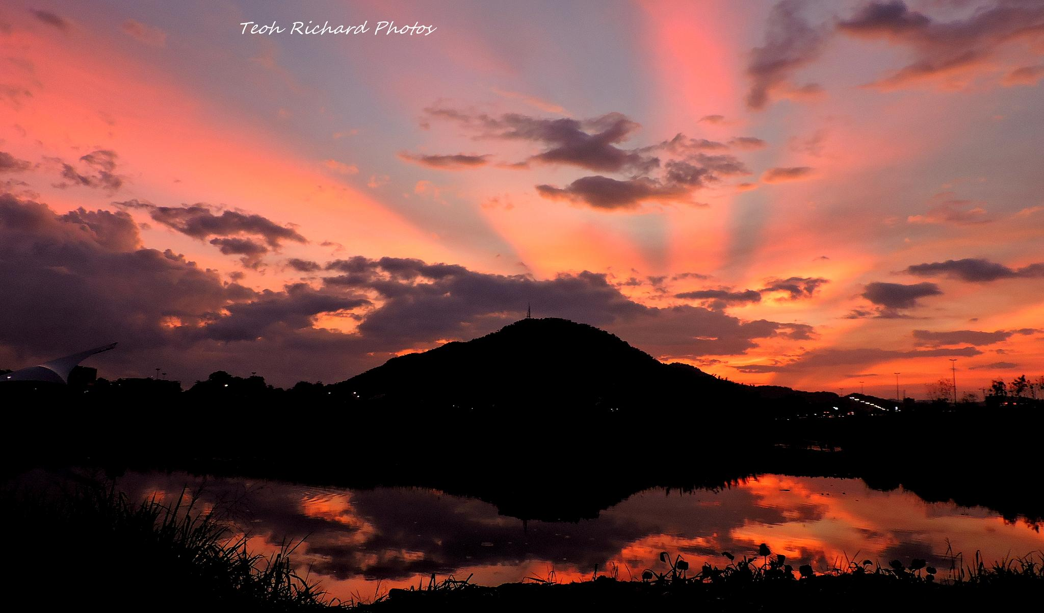 Sunrise Glow in Reflections by teoh.richard.15