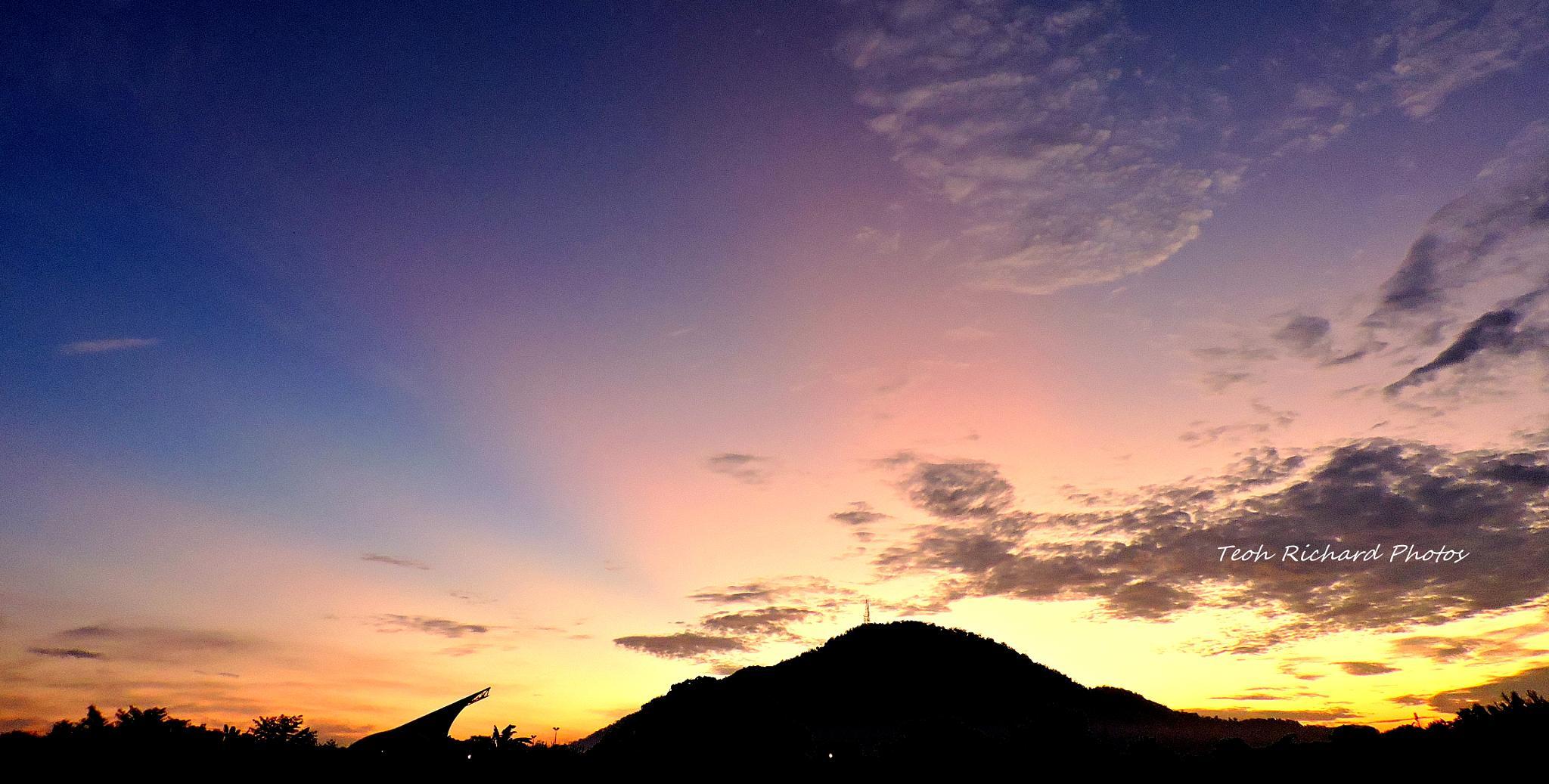 Sunrise Glow 1 by teoh.richard.15