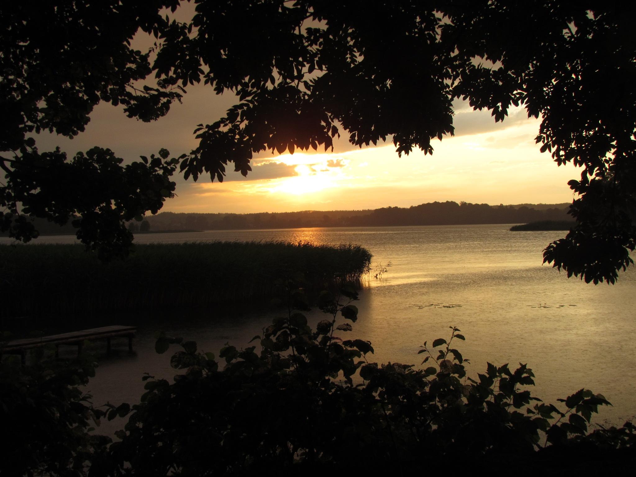 Lake by marta.figurzynskaderouiche