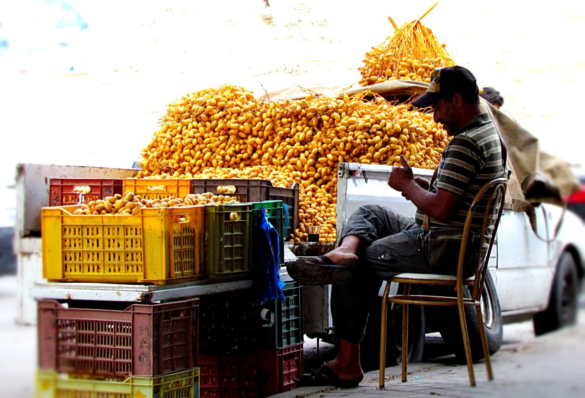 Street Seller by marta.figurzynskaderouiche