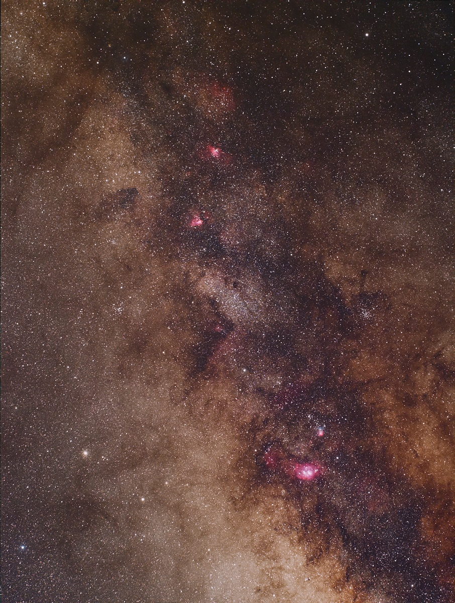 Milky Way near the centre by Tragoolchitr Jittasaiyapan