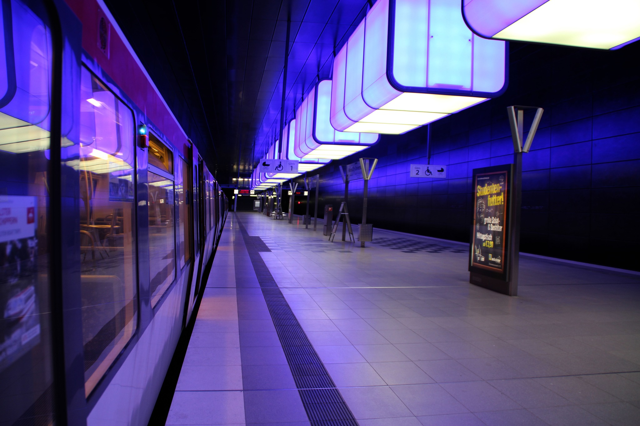 HafenCity metro station - Hamburg by inge.kanakarisW