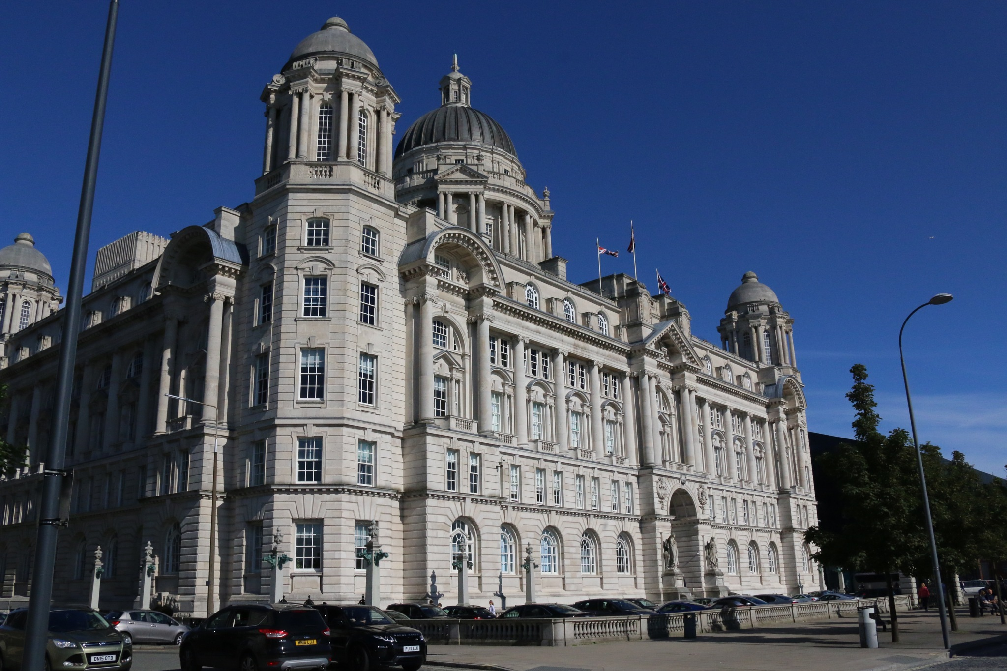 Port of Liverpool Building  by Kevhyde