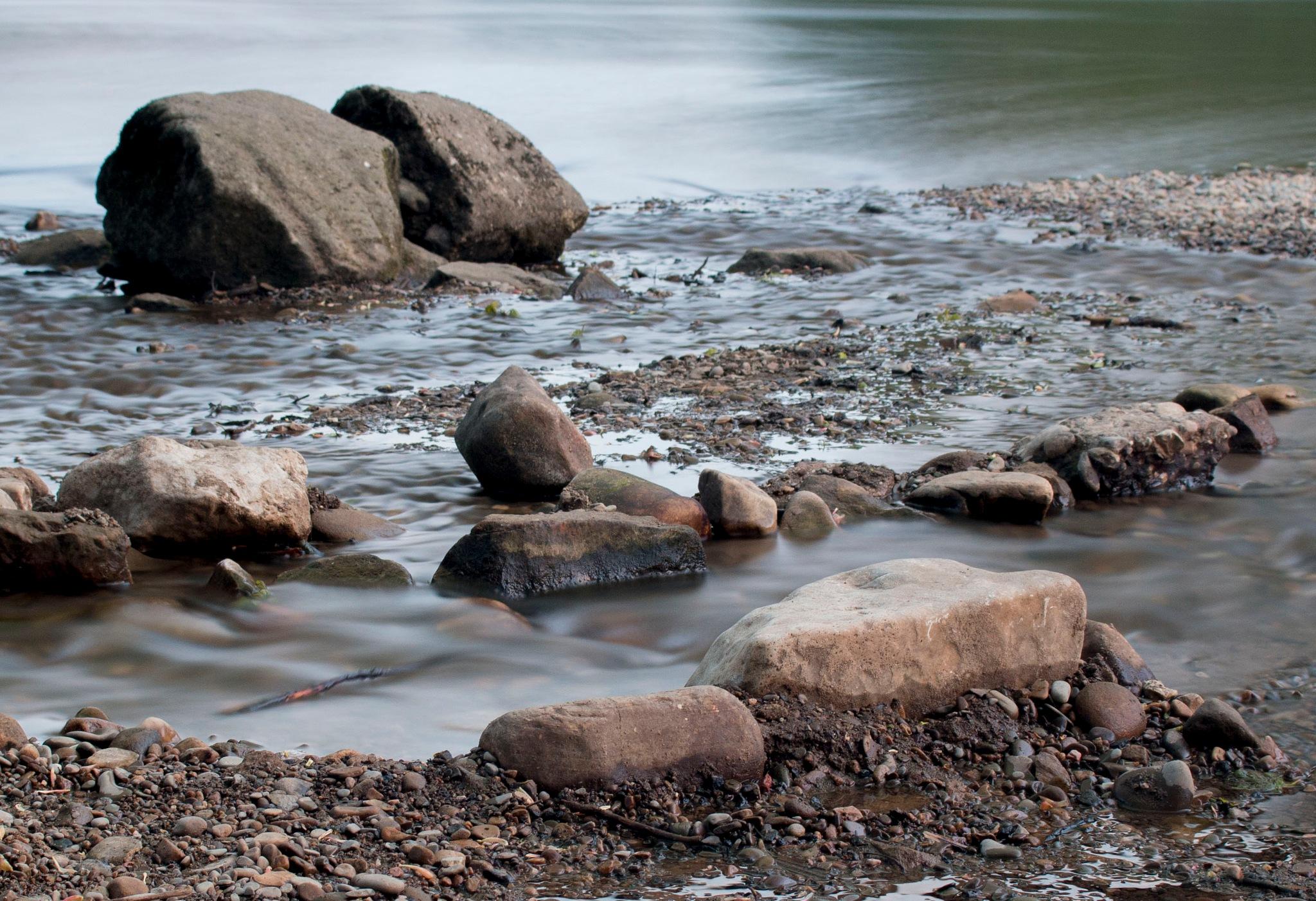 Rocks & boulders by Kevhyde