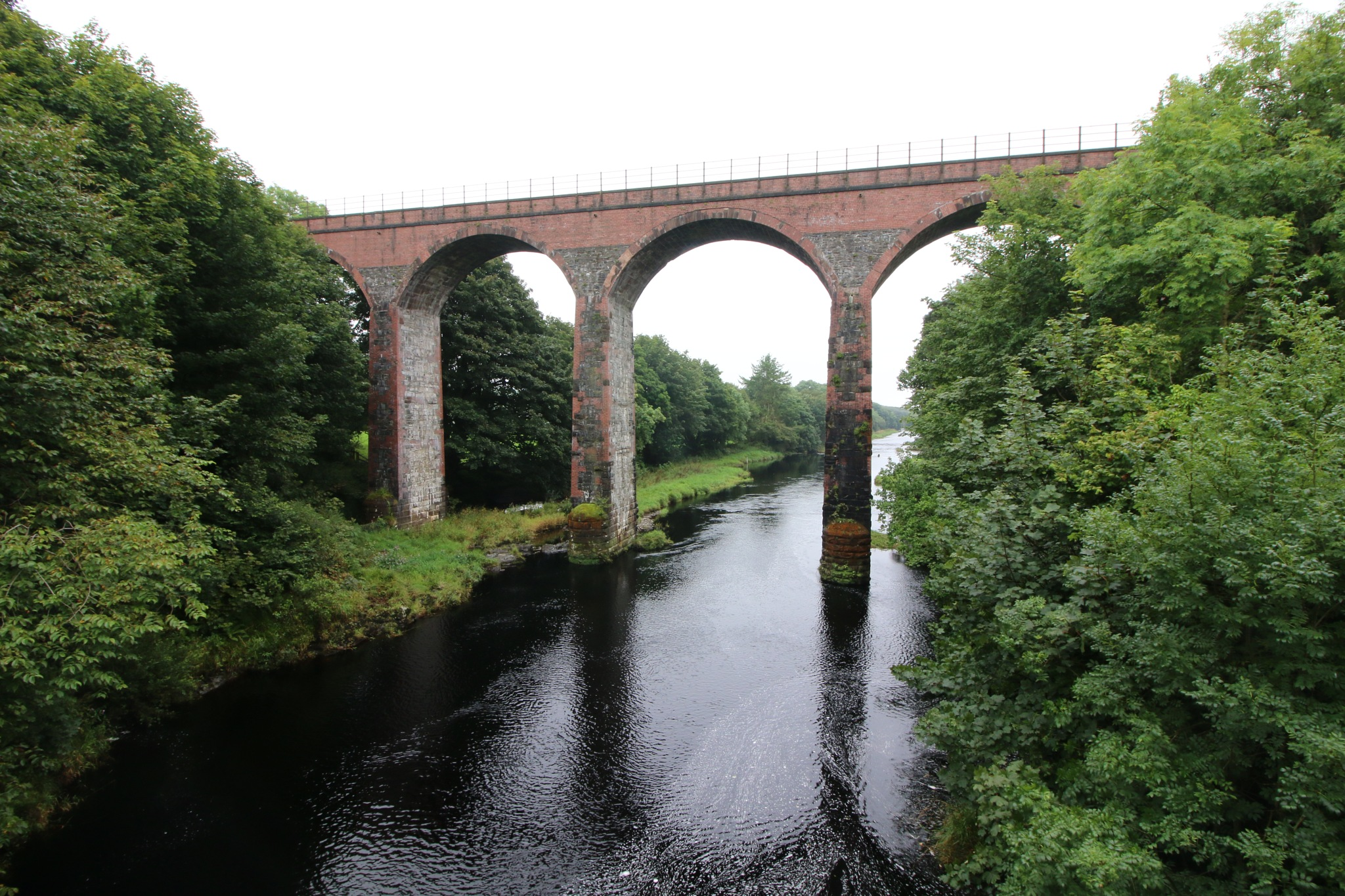 Glenluce viaduct by Kevhyde