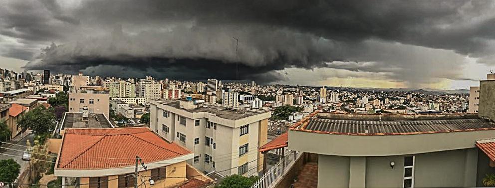 There rain is coming Brasil by Mirjam Slotman-Martin