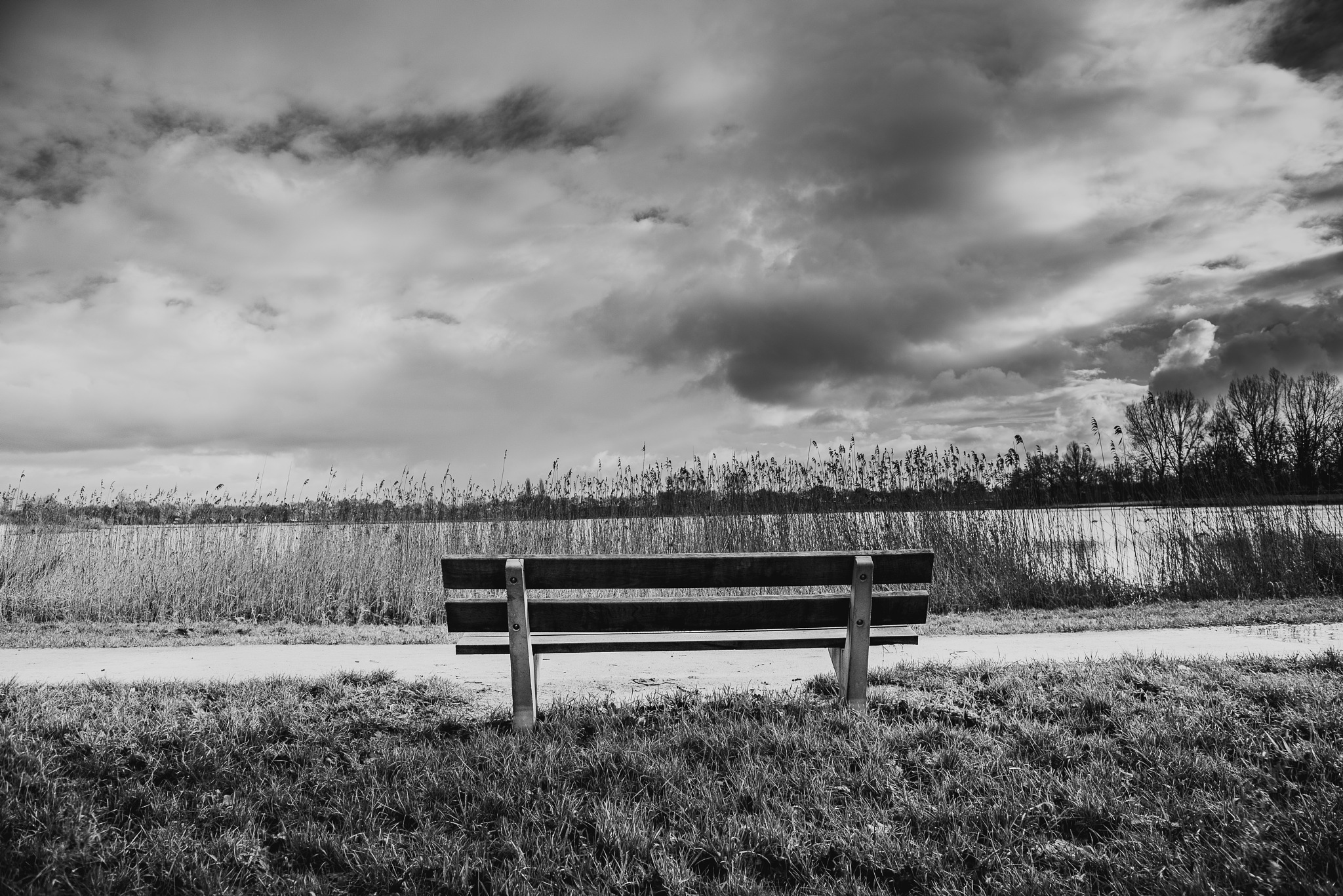 Please sit down by Mirjam Slotman-Martin