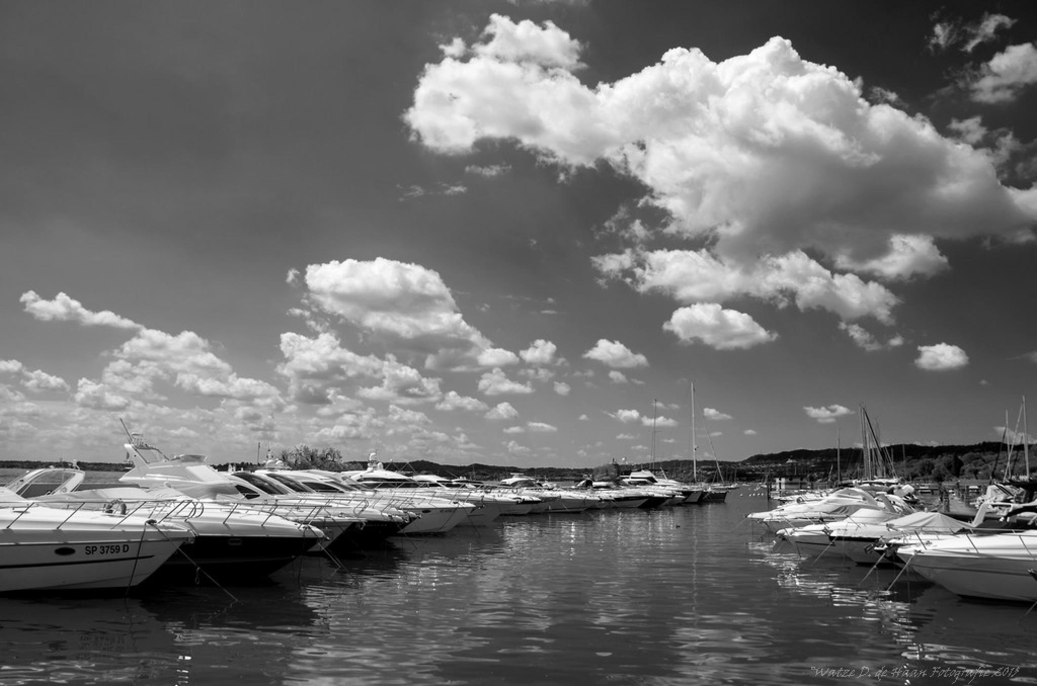 Lake Garda Italy VII by Watze D. de Haan