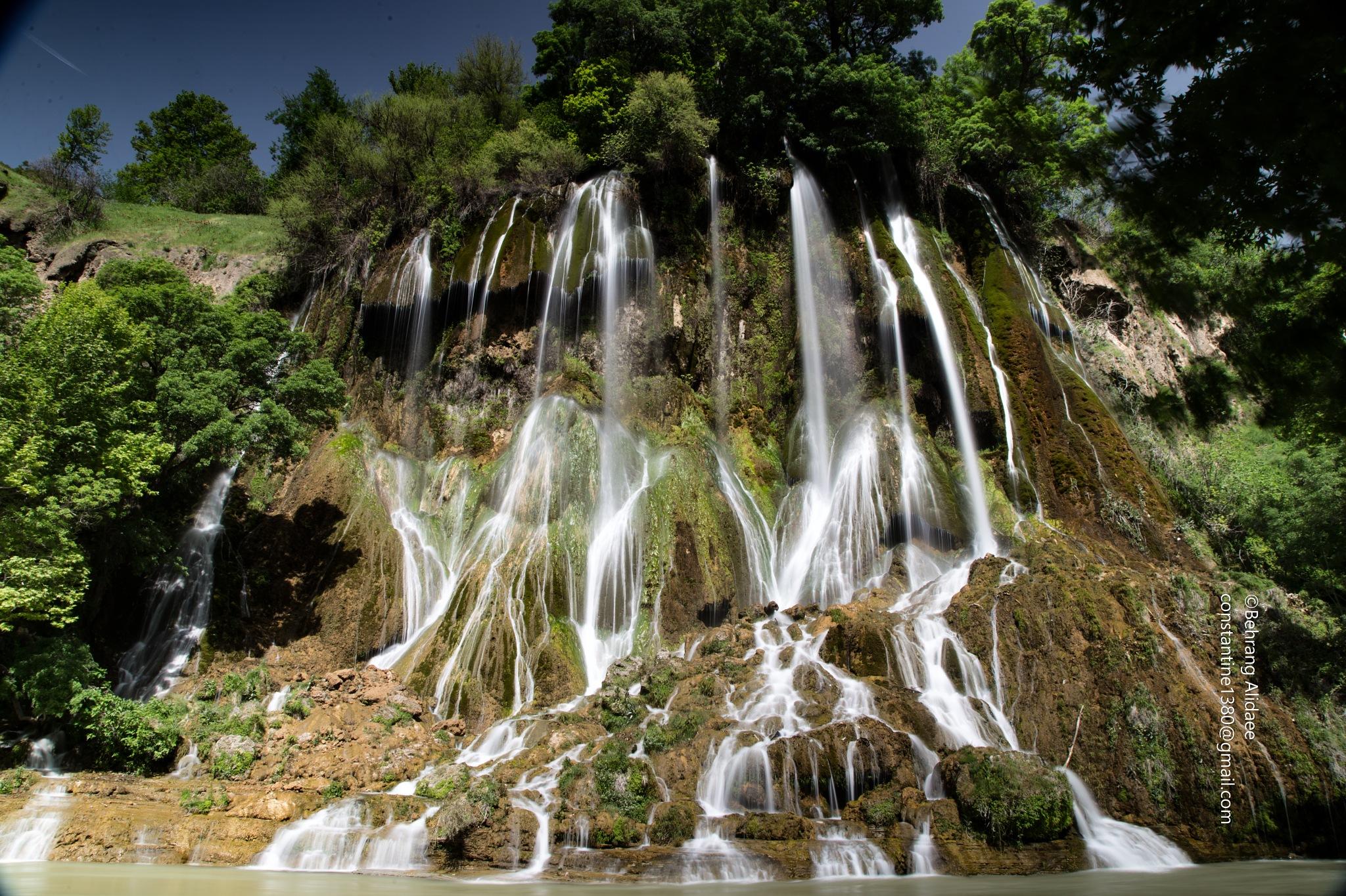 Bisheh Water Fall by Behrang Alidaee
