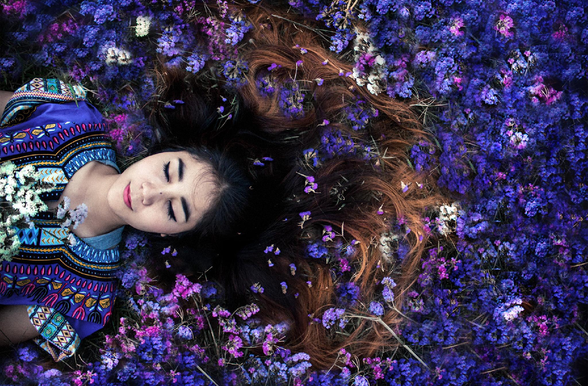 Sleeping blue by ArtRachen