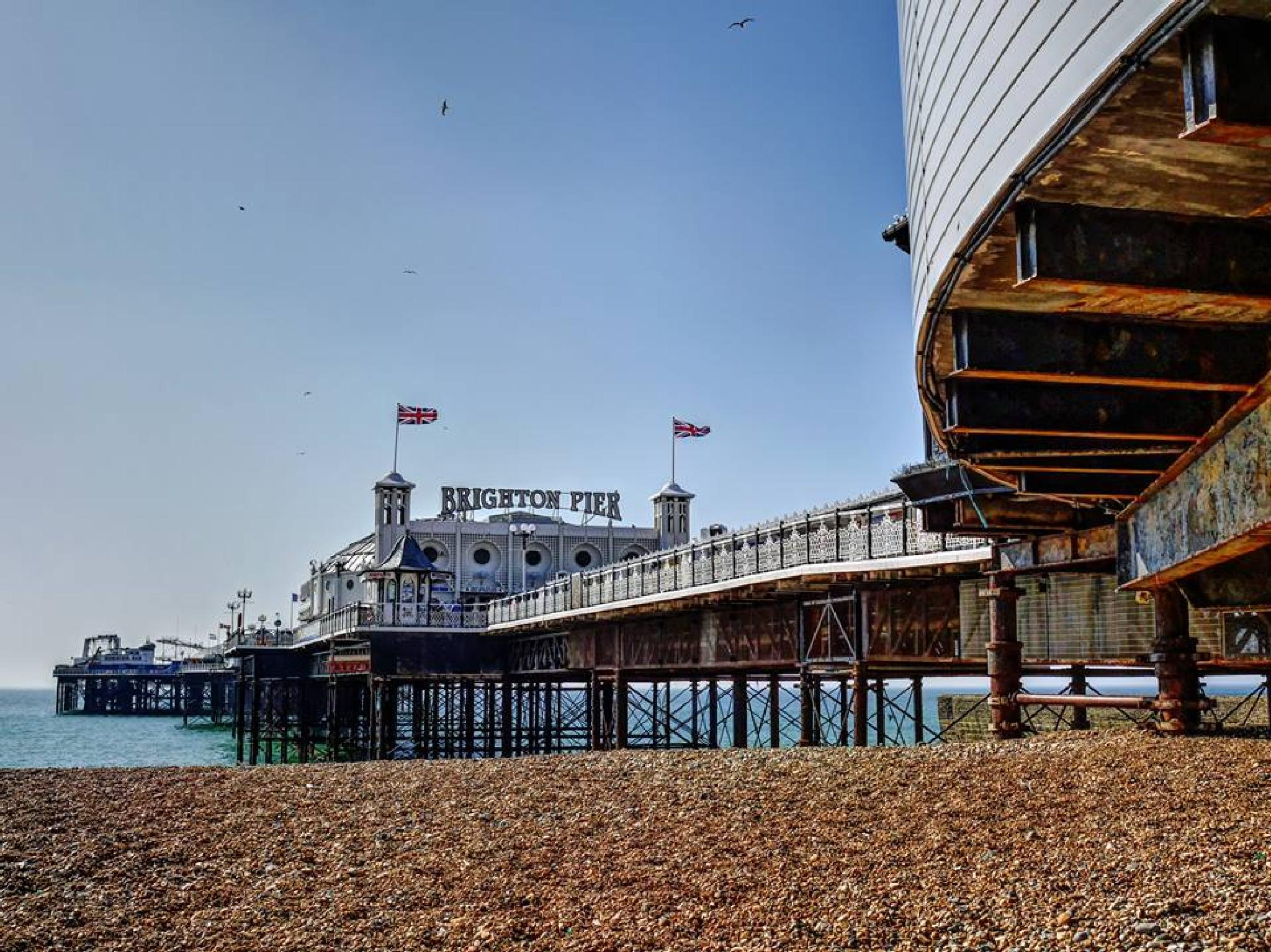 The Peir in the City of Brighton England by Steven Best
