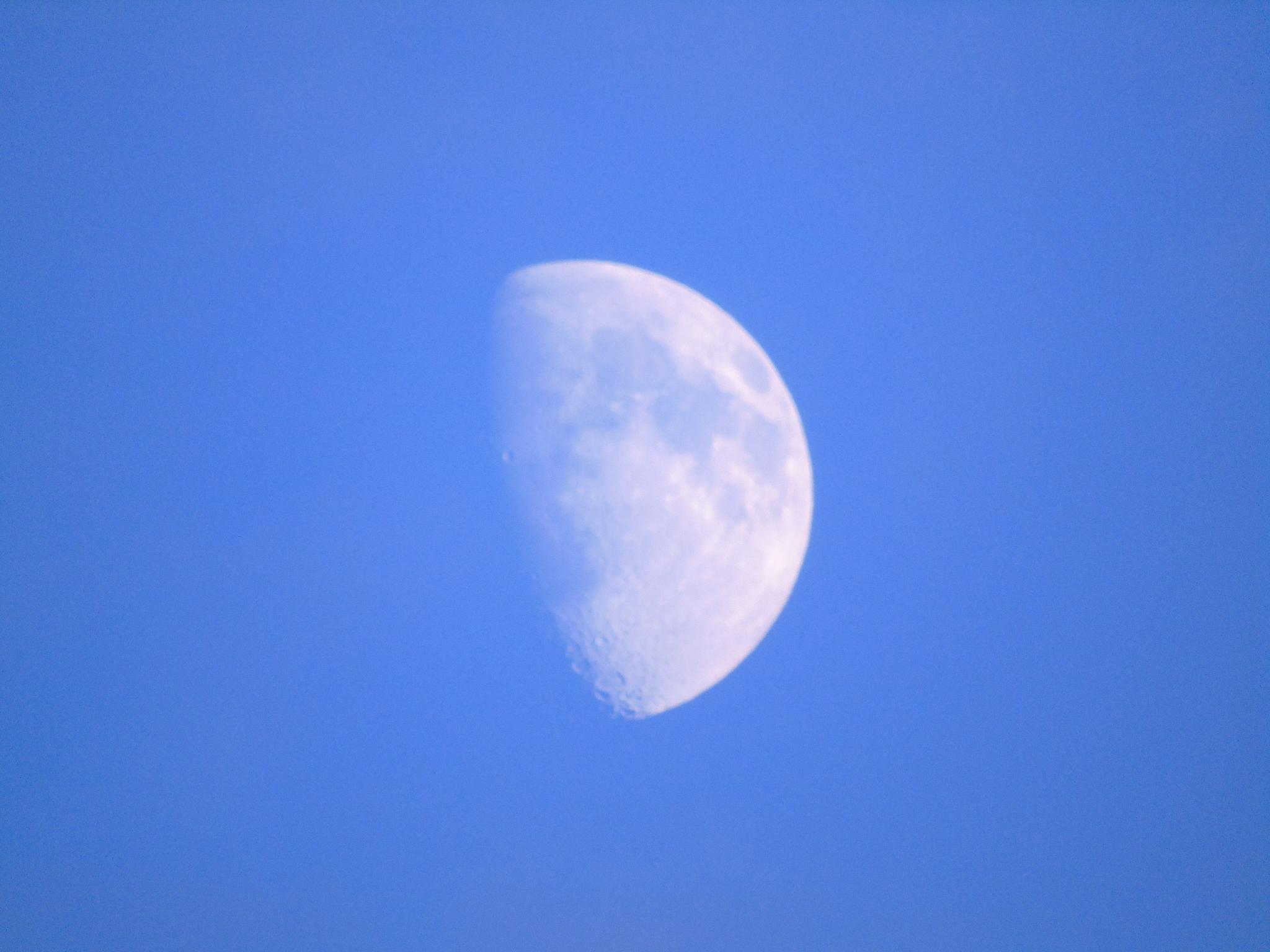 Waxing Moon by Gary Maile
